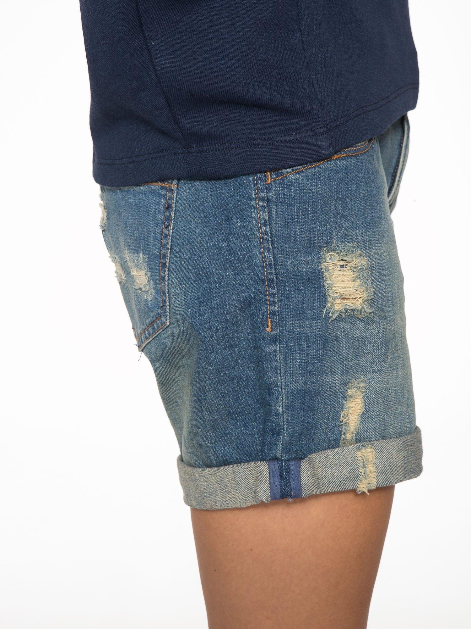 Granatowa bluza z nadrukiem tarczy zodiakalnej i szerokimi rękawami                                  zdj.                                  11