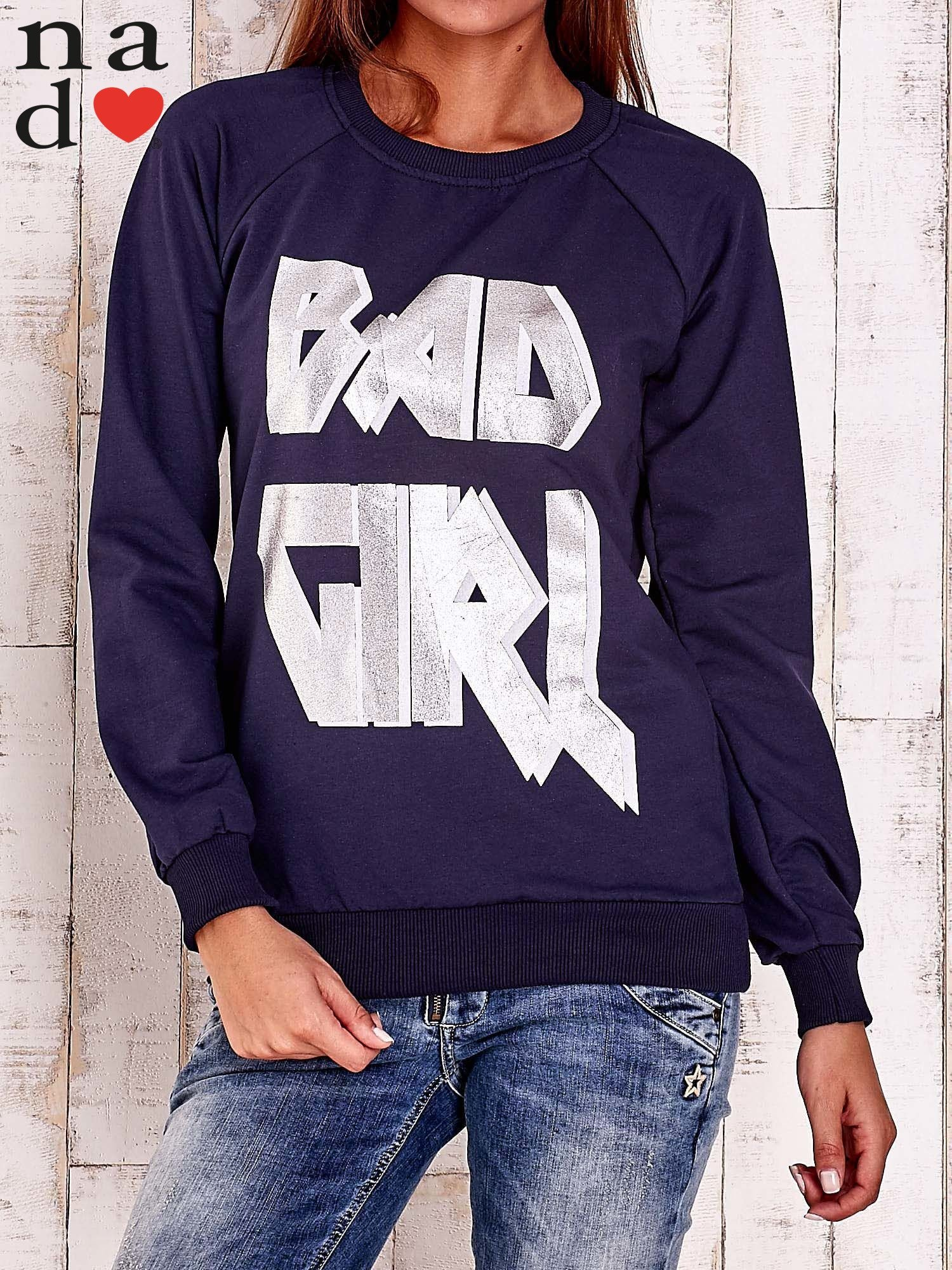 Granatowa bluza z napisem BAD GIRL                                  zdj.                                  1