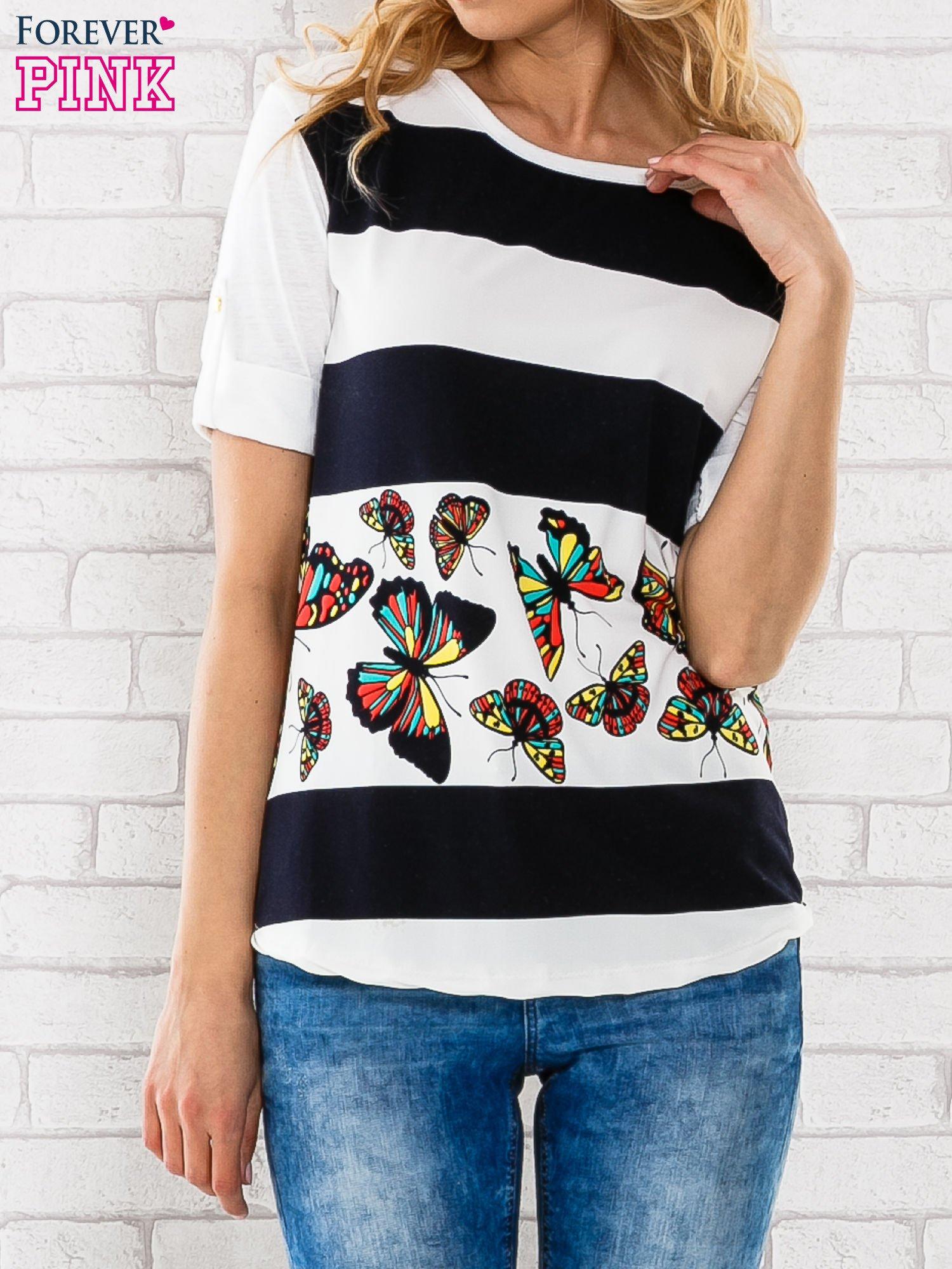 Granatowa bluzka w szerokie pasy i nadrukiem motyli                                  zdj.                                  1