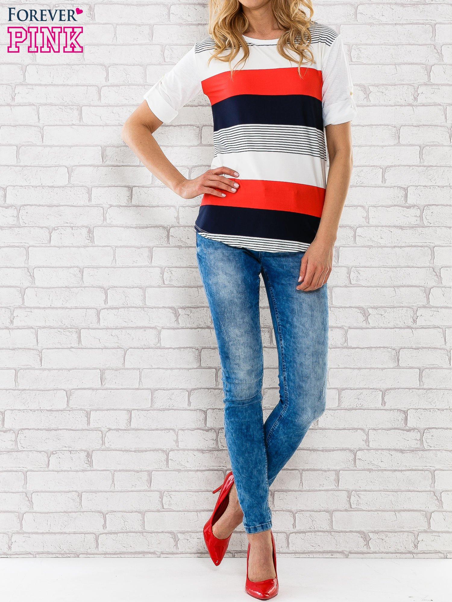 Granatowa bluzka z kolorowymi szerokimi pasami                                  zdj.                                  6