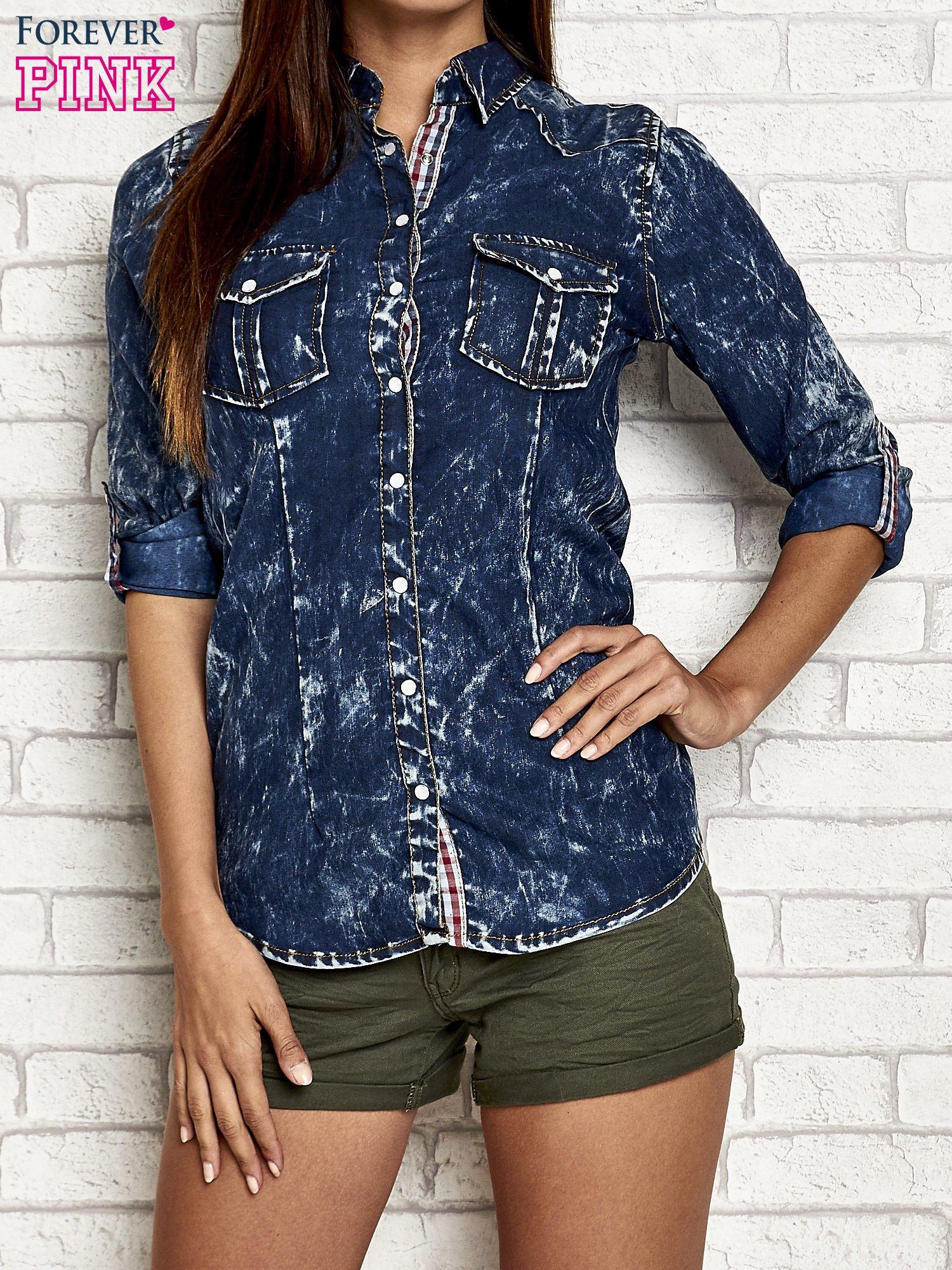 Granatowa dekatyzowana koszula jeansowa                                   zdj.                                  1