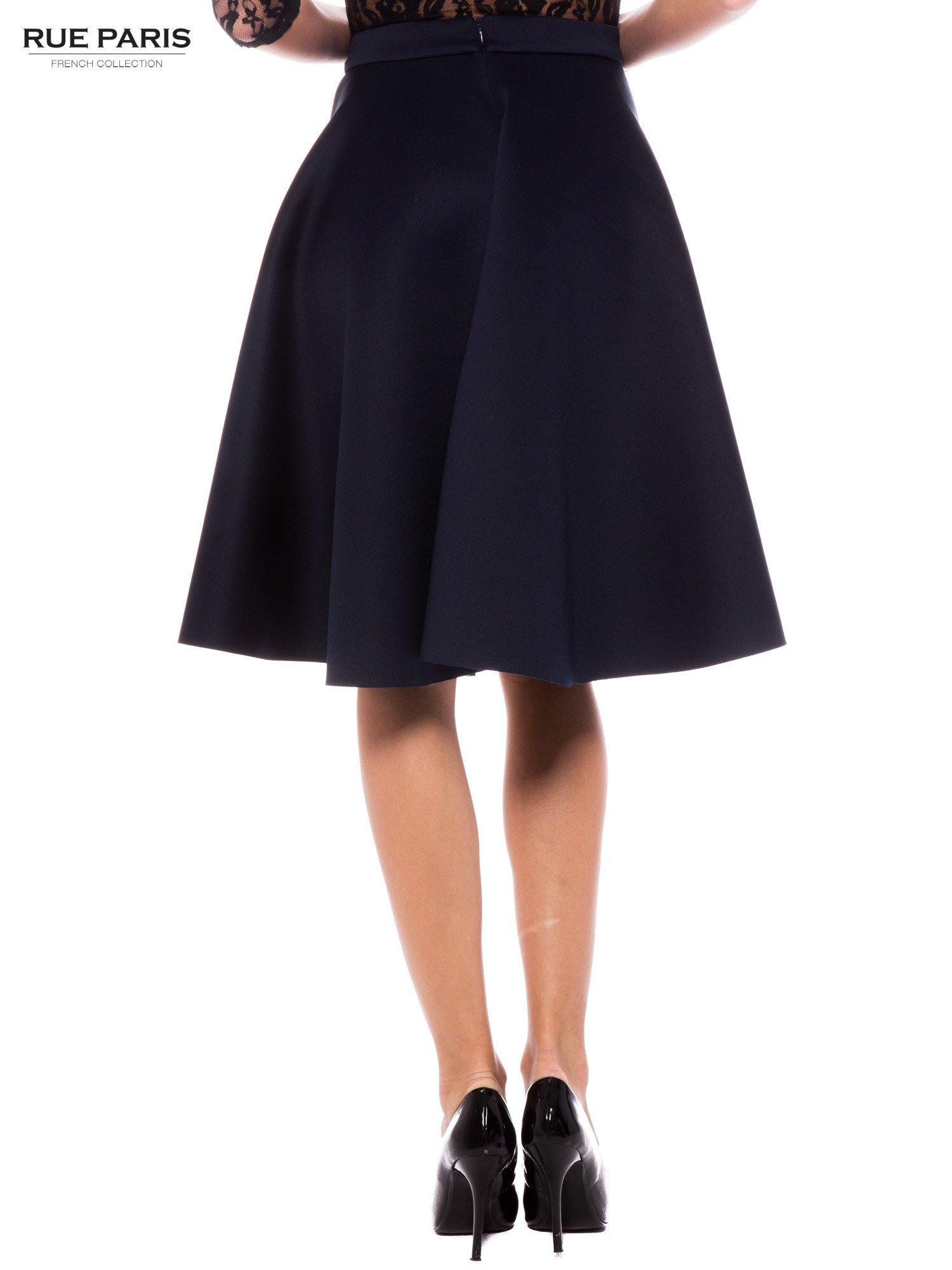 Granatowa neoprenowa spódnica midi szyta z koła                                  zdj.                                  4