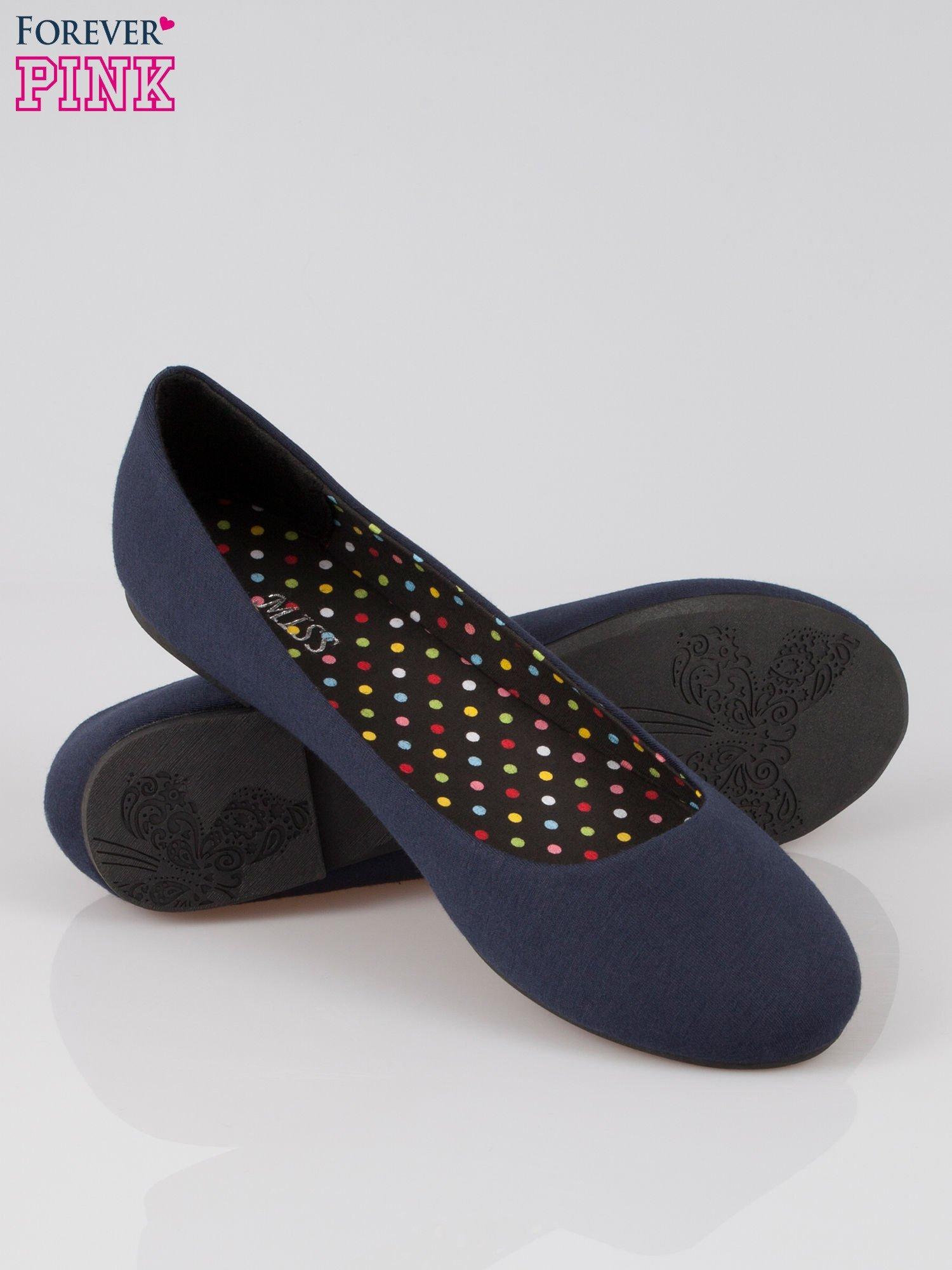Granatowe baletki z tkaniny                                  zdj.                                  4