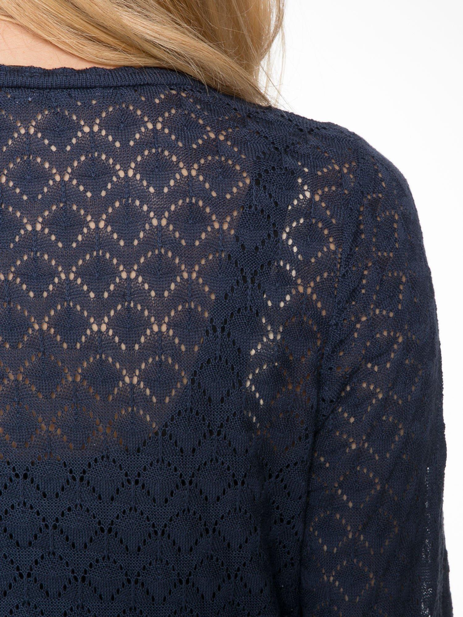 Granatowy ażurowy sweterek kardigan na guziki                                  zdj.                                  7