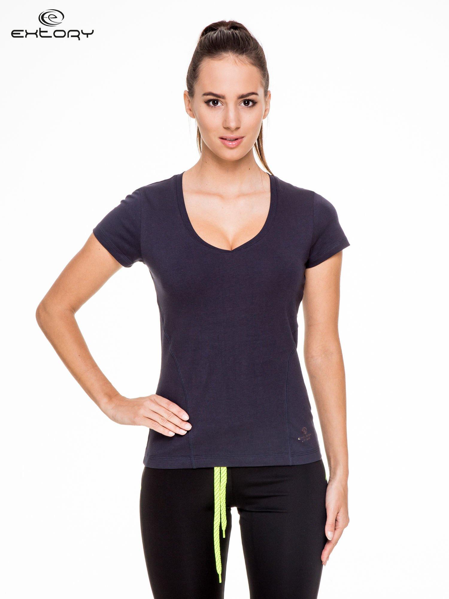 Granatowy damski t-shirt sportowy z modelującymi przeszyciami                                  zdj.                                  1