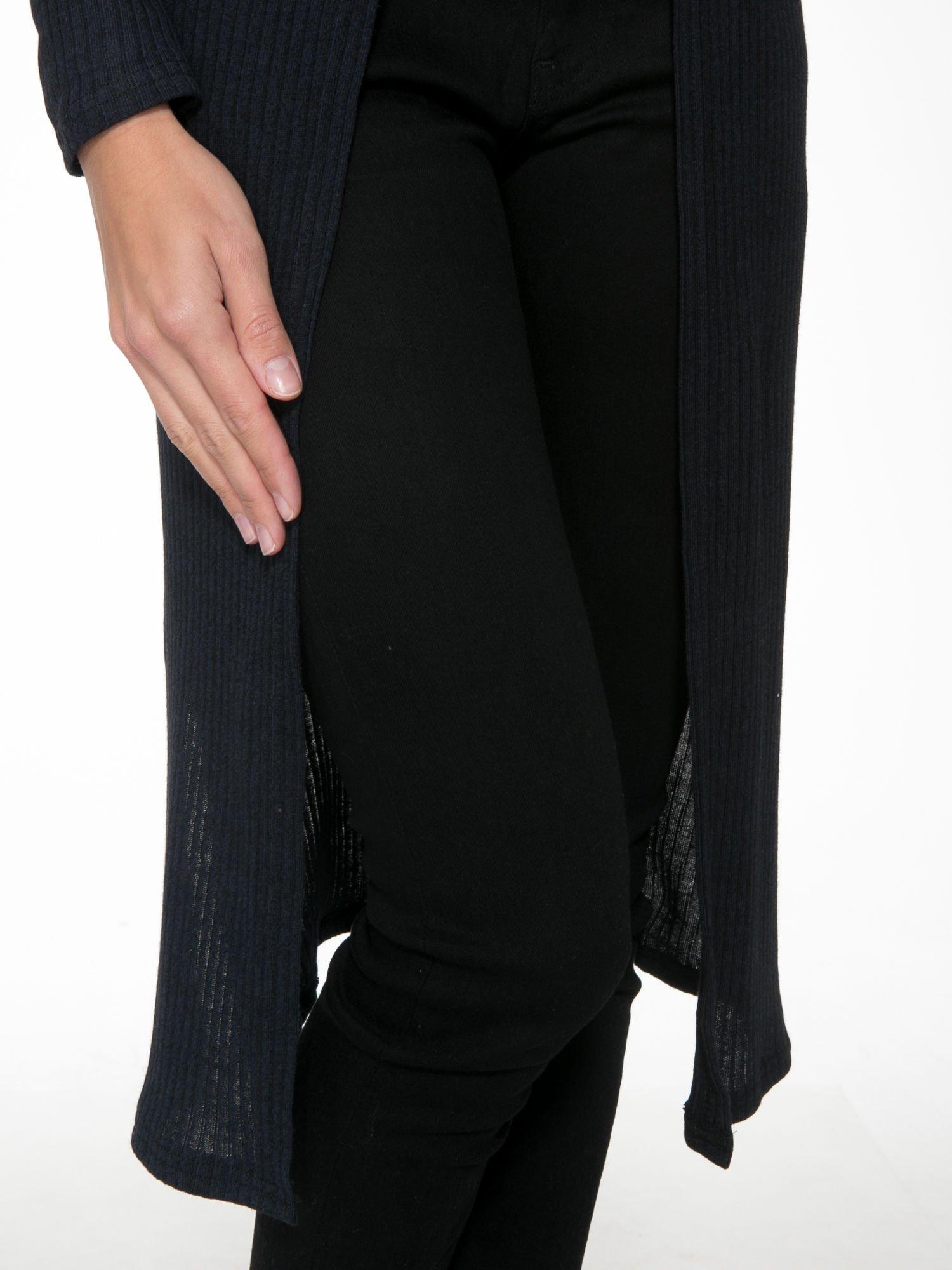 Granatowy długi prążkowany sweter kardigan                                  zdj.                                  7