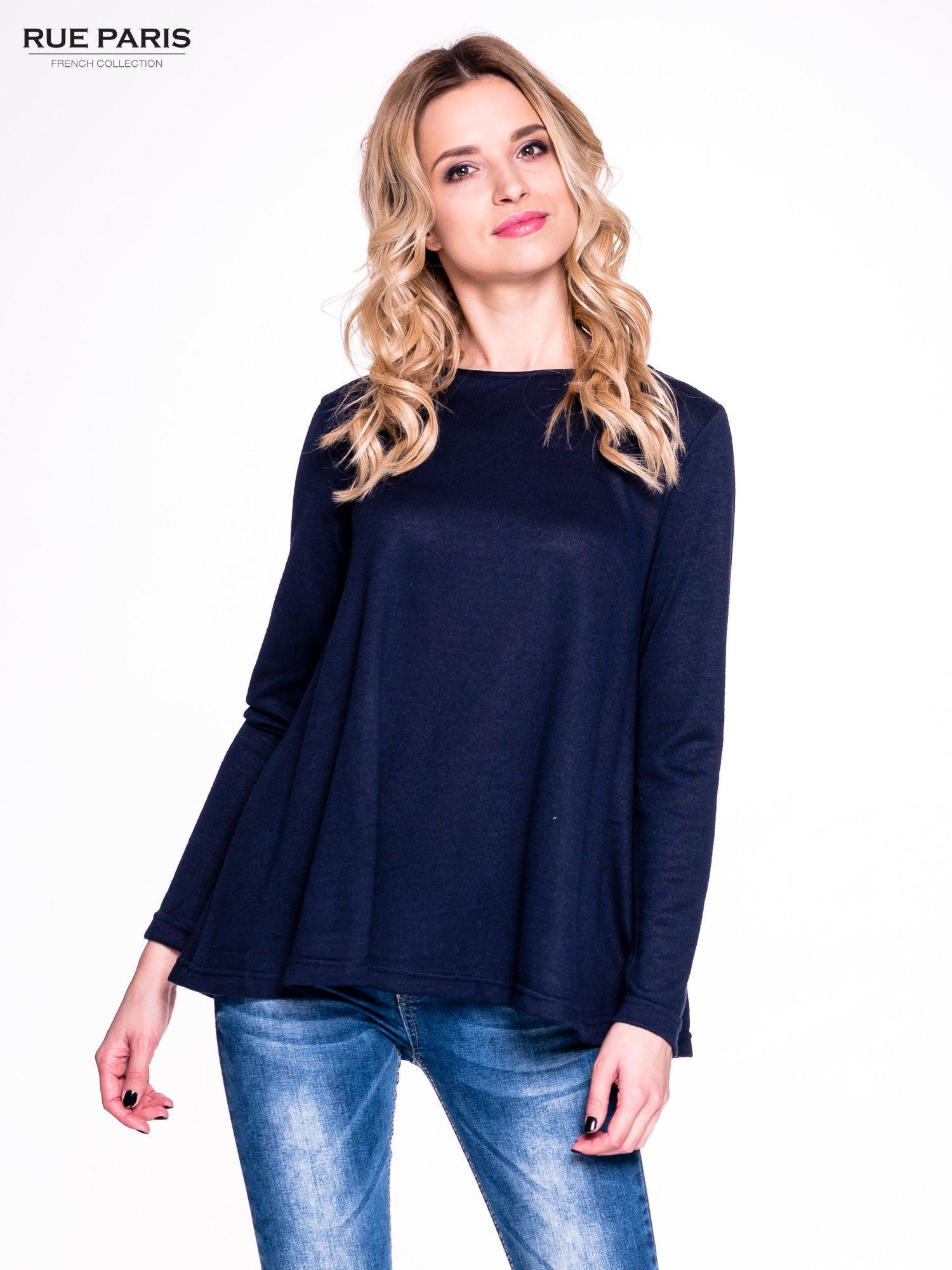 Granatowy klasyczny sweterek                                  zdj.                                  1