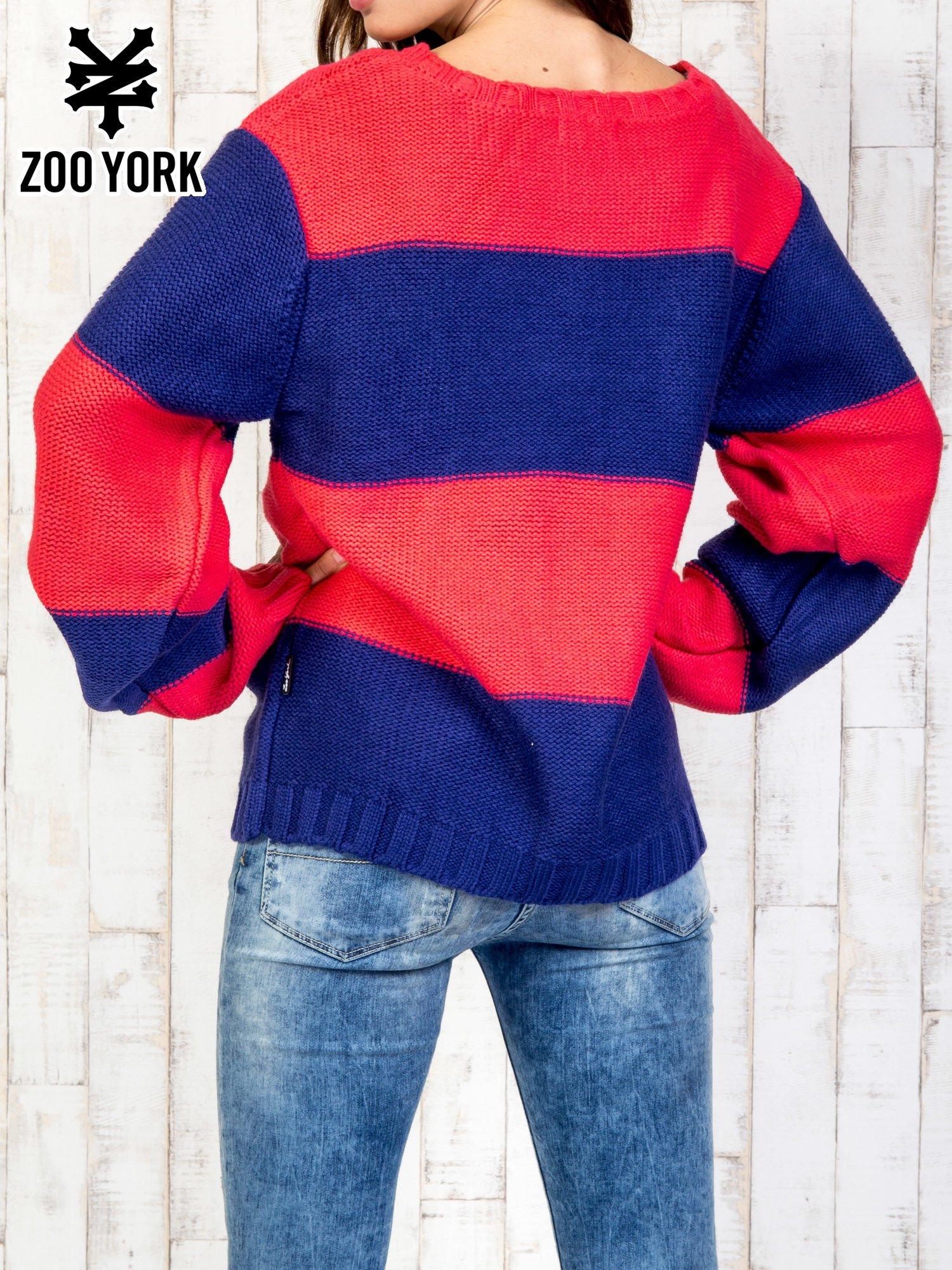 Granatowy sweter w pasy                                   zdj.                                  5
