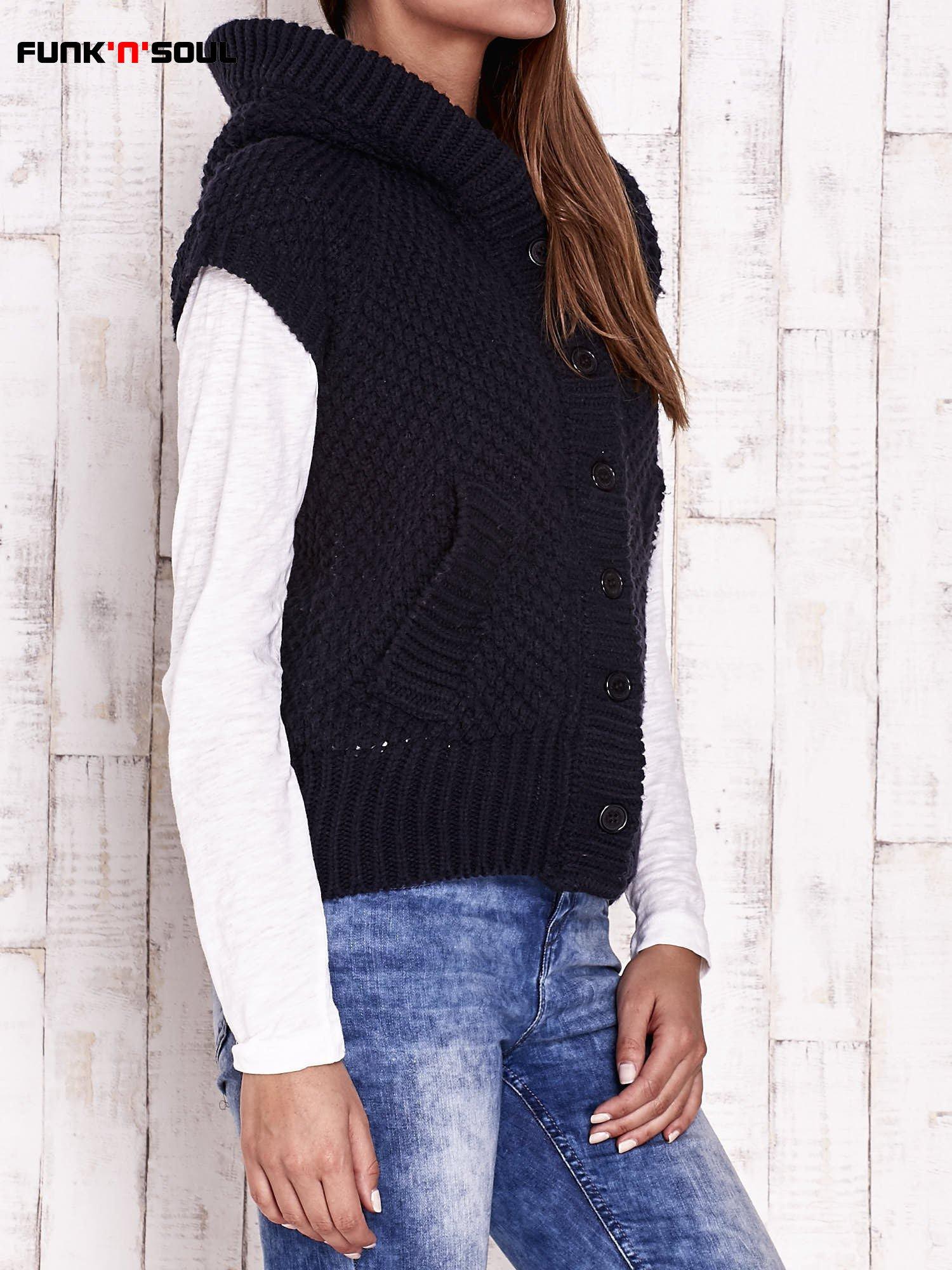Granatowy sweter z futrzanym kapturem FUNK N SOUL                                  zdj.                                  3