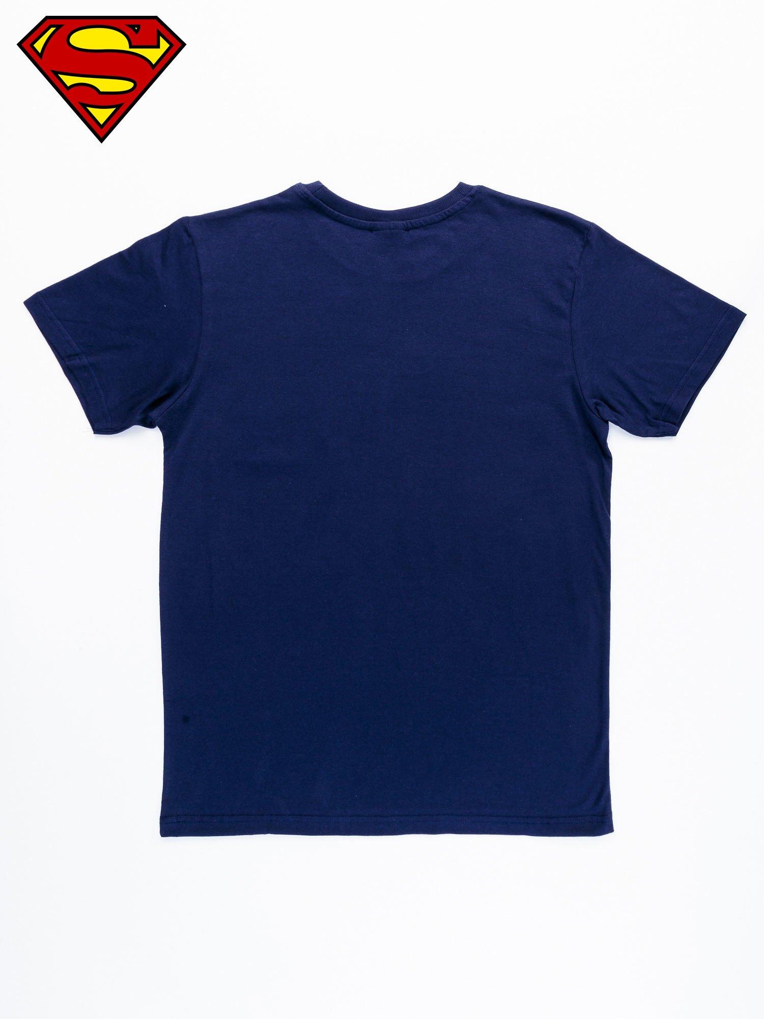 Granatowy t-shirt męski MAN OF STEEL                                  zdj.                                  9