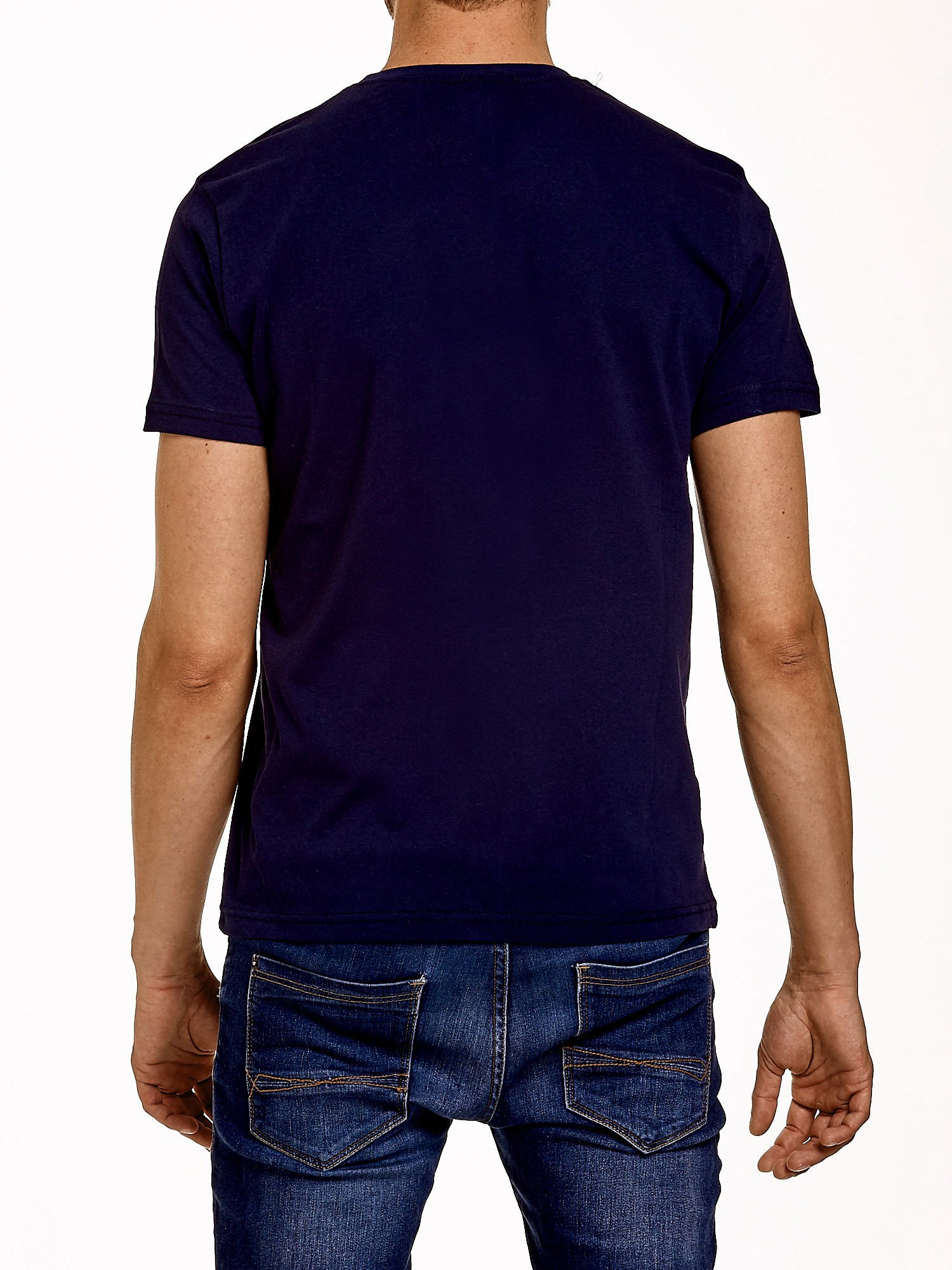 Granatowy t-shirt męski z nadrukiem czaszki i napisami                                  zdj.                                  4
