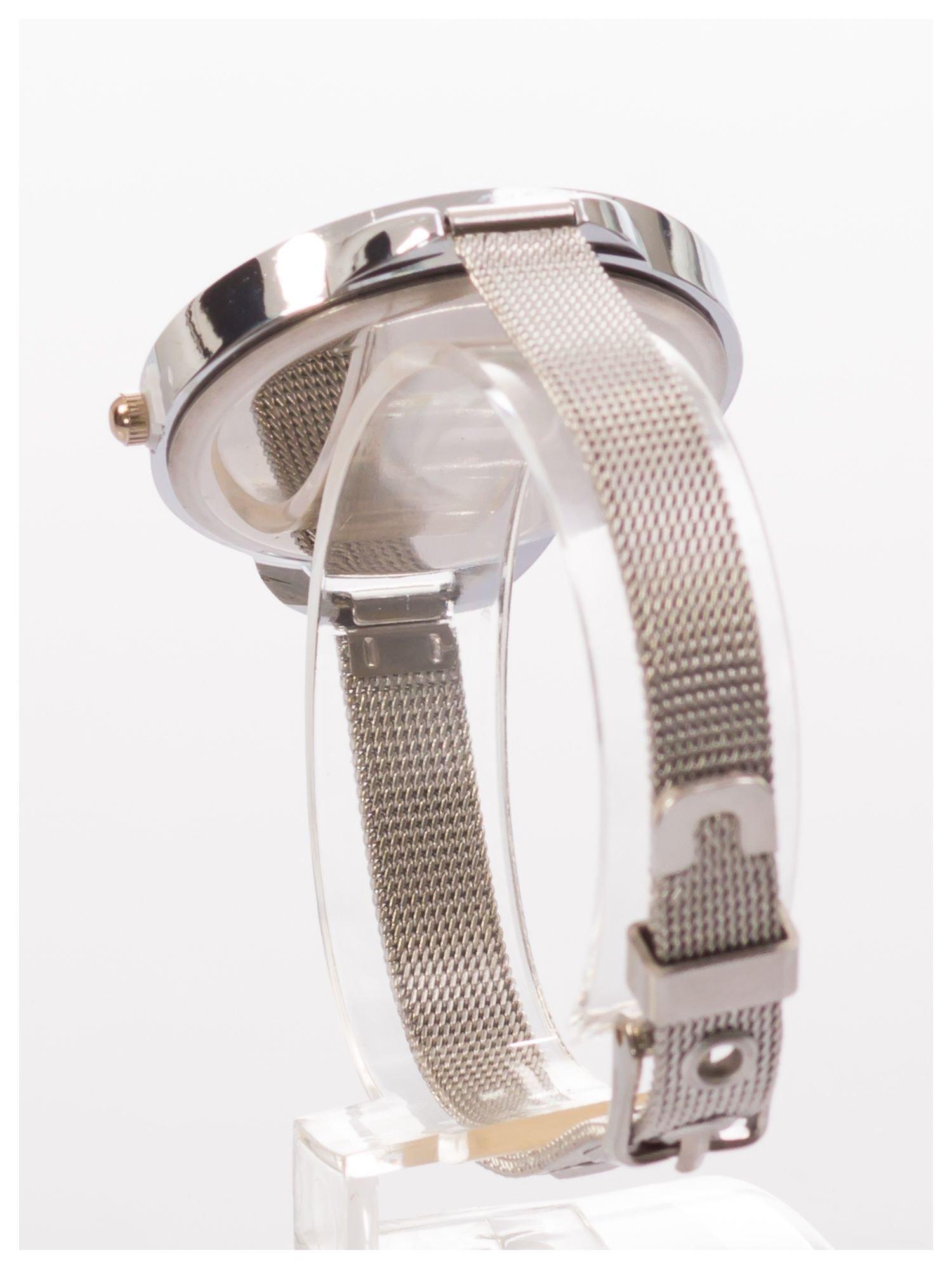 Granatowy zegarek damski na bransolecie                                  zdj.                                  4