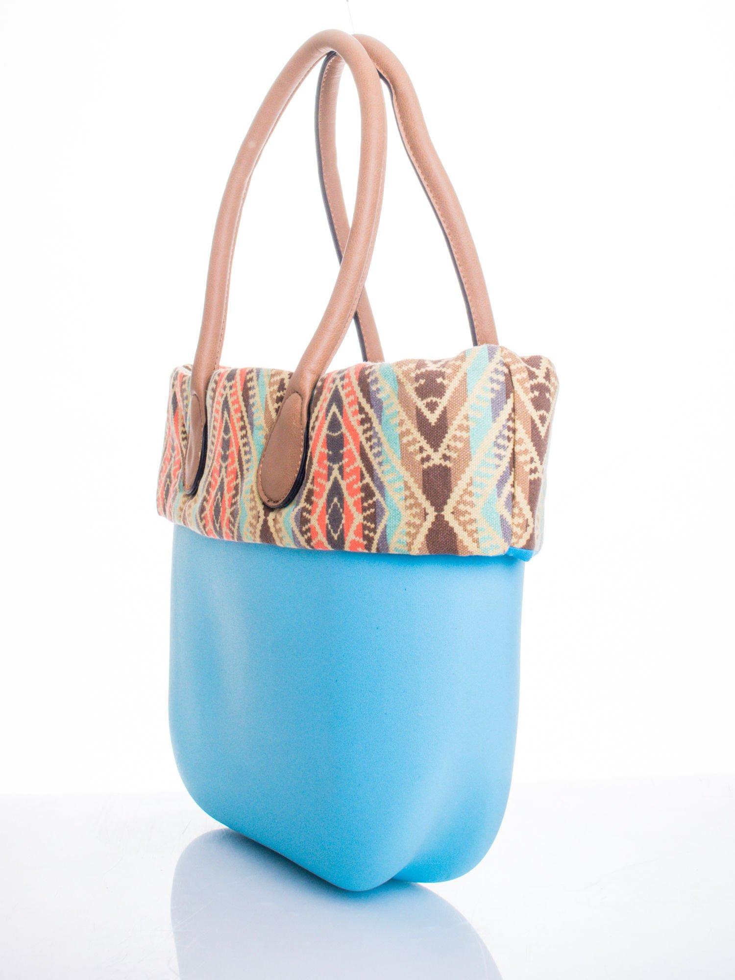 Jasnoniebieska torba gumowa z motywem azteckim                                  zdj.                                  3