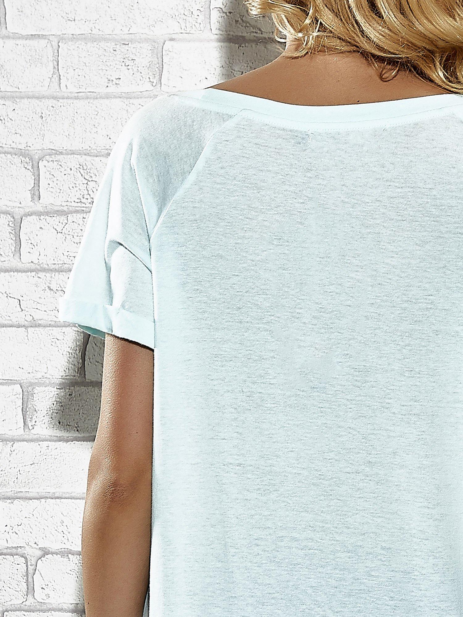 Jasnoniebieski t-shirt z lodowym nadrukiem Funk n Soul                                  zdj.                                  6