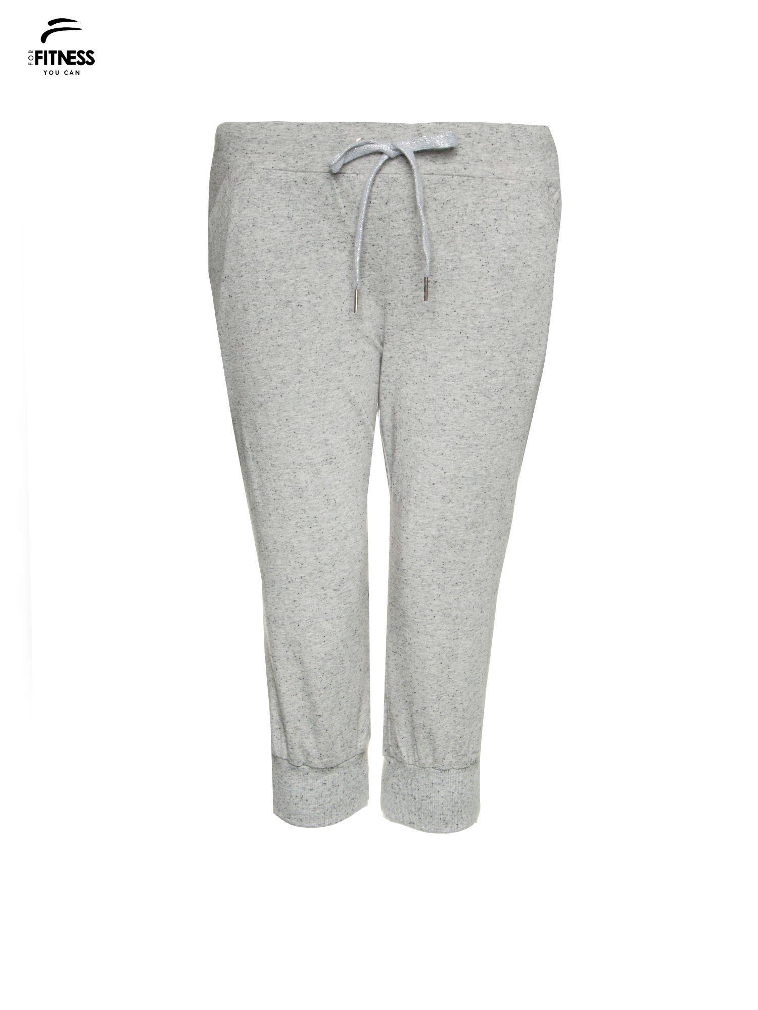 Jasnoszare spodnie sportowe typu capri wiązane w pasie                                  zdj.                                  5