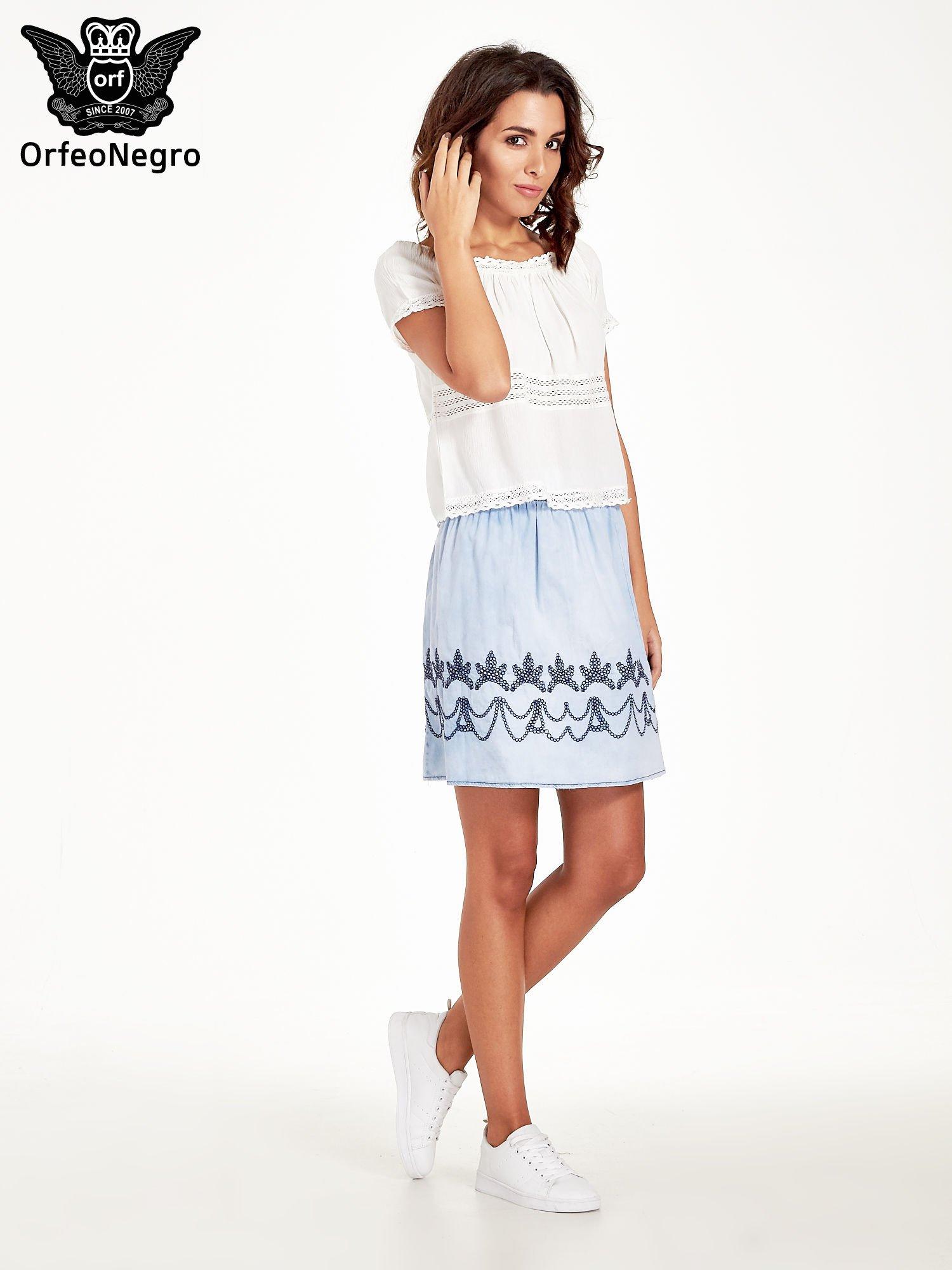 Jeansowa spódnica z haftem                                  zdj.                                  5