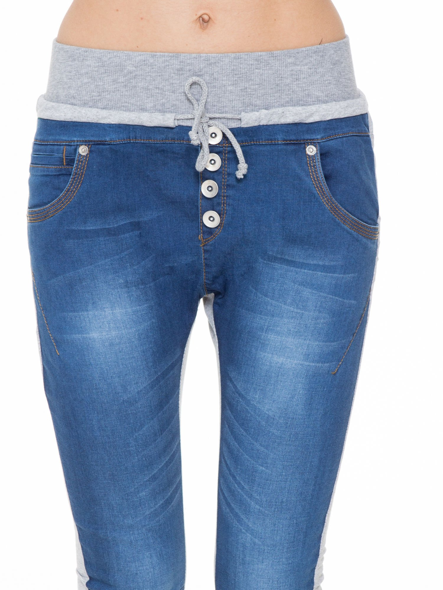 Jeansowo-dresowe spodnie typu tregginsy z wysokim pasem                                  zdj.                                  5