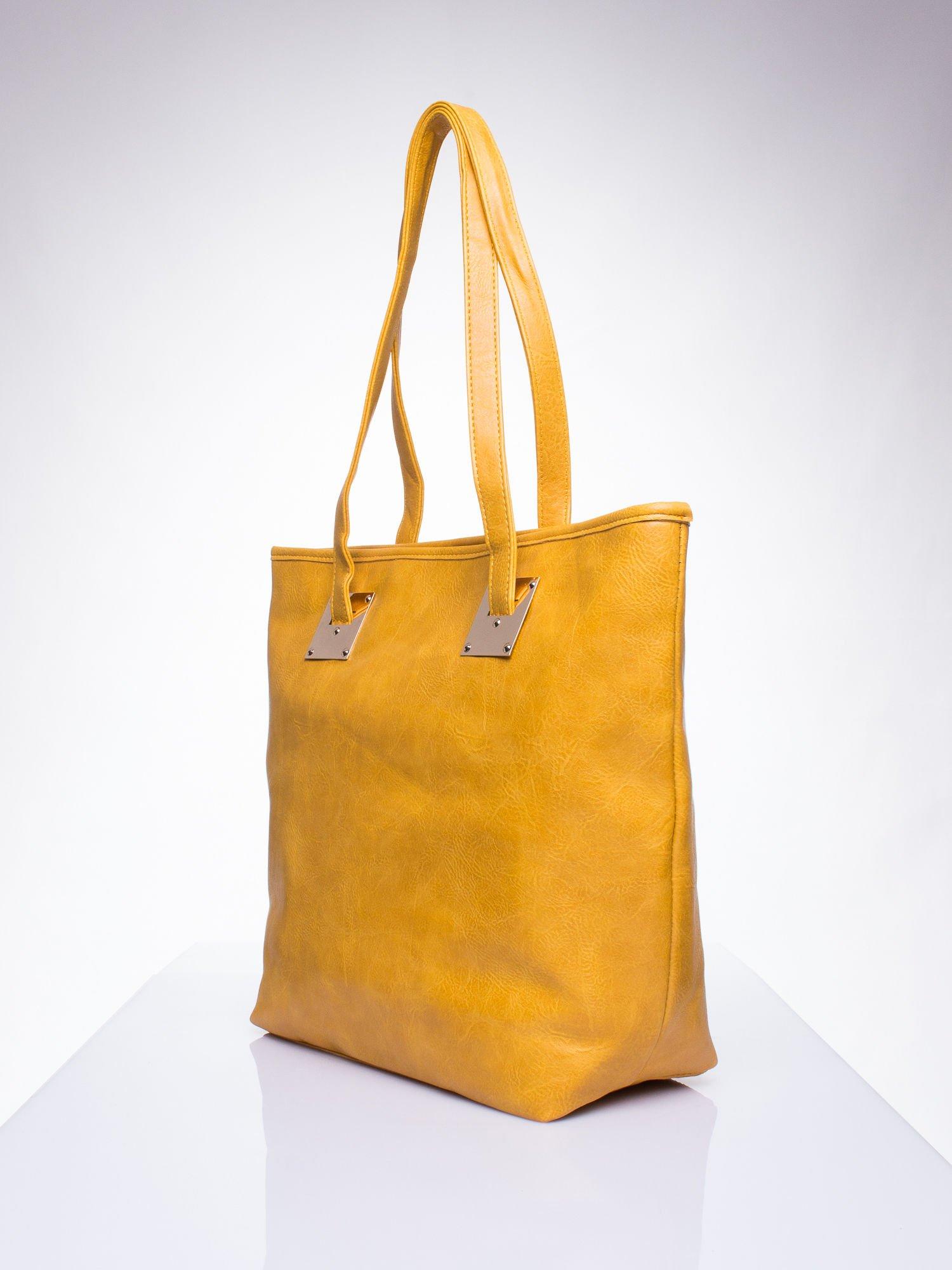 Karmelowa prosta torba shopper bag ze złotymi okuciami                                  zdj.                                  2