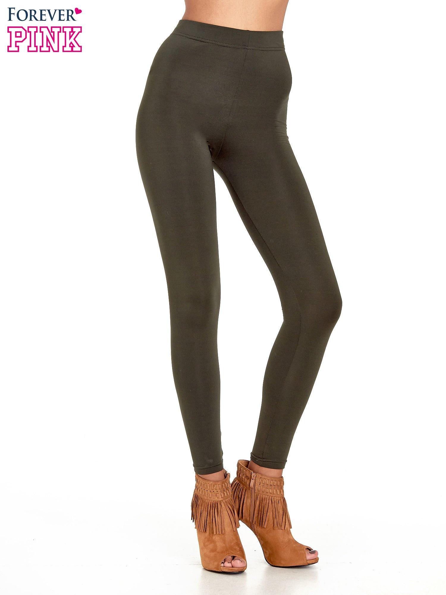 Khaki legginsy basic z lekkim ociepleniem                                  zdj.                                  1