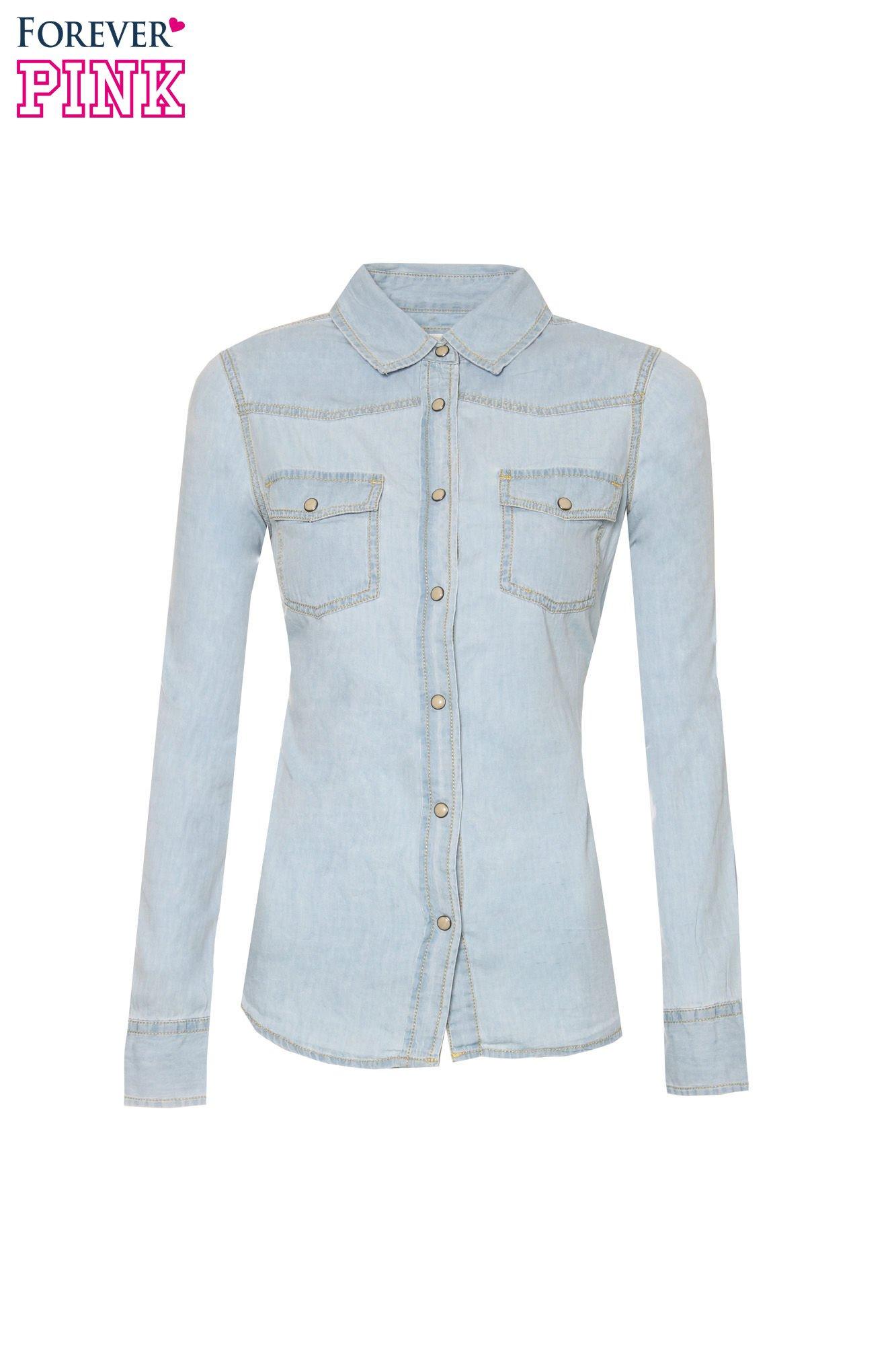 Klasyczna jasnoniebieska jeansowa koszula z kieszonkami                                  zdj.                                  5