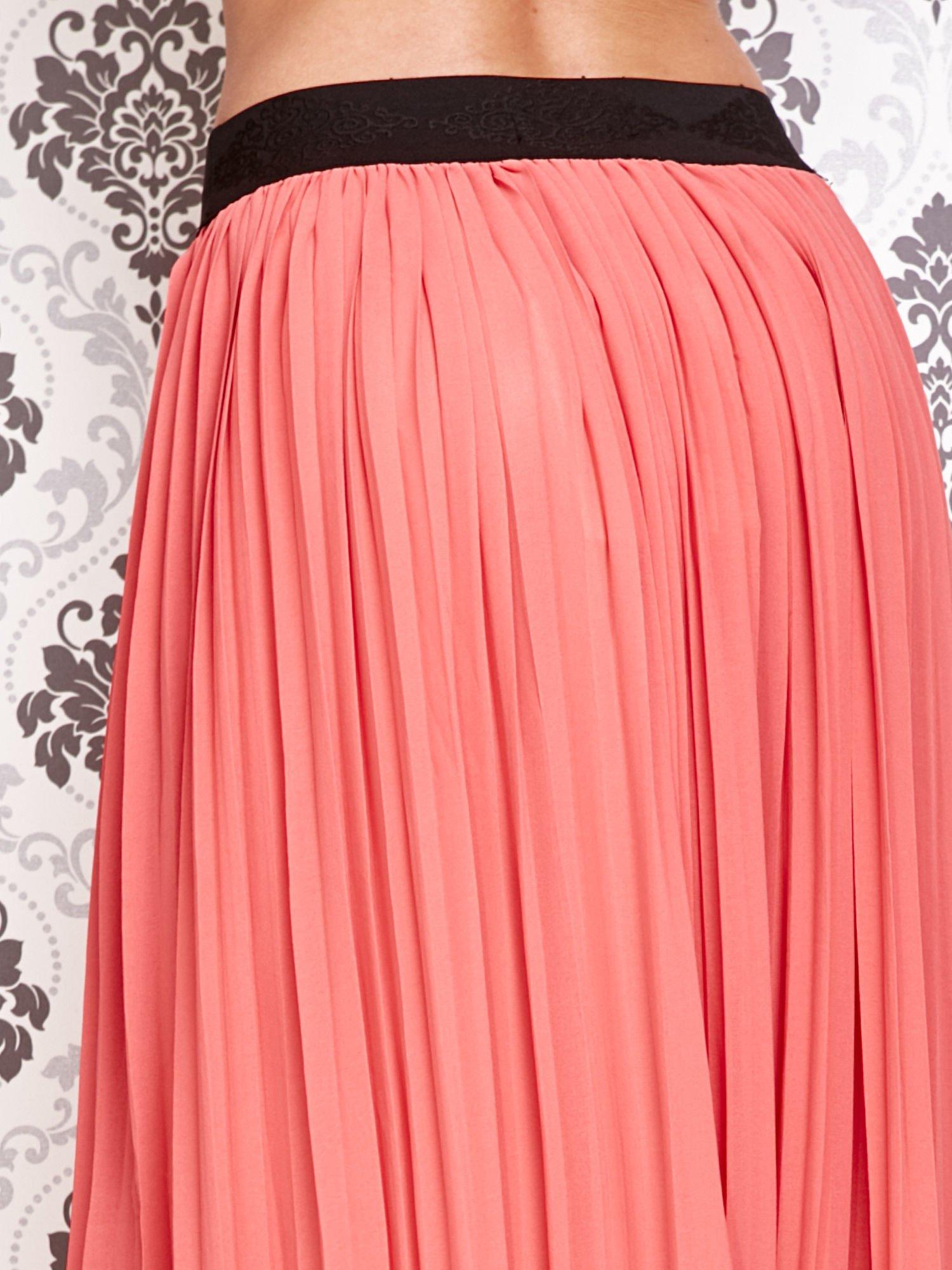 Koralowa spódnica maxi z ornamentowym paskiem                                  zdj.                                  5