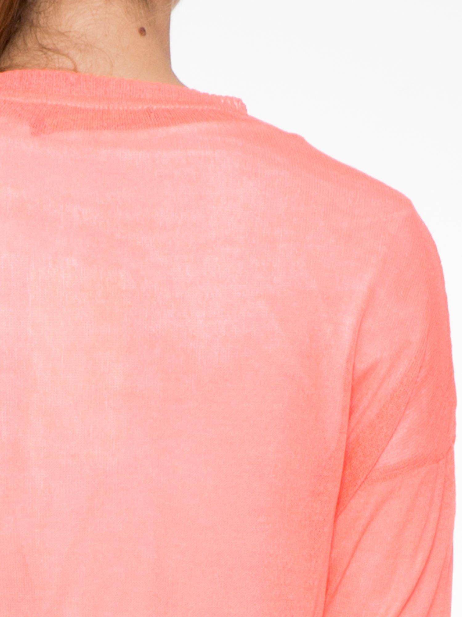 Koralowy długi sweter typu kardigan z kieszonkami                                  zdj.                                  8
