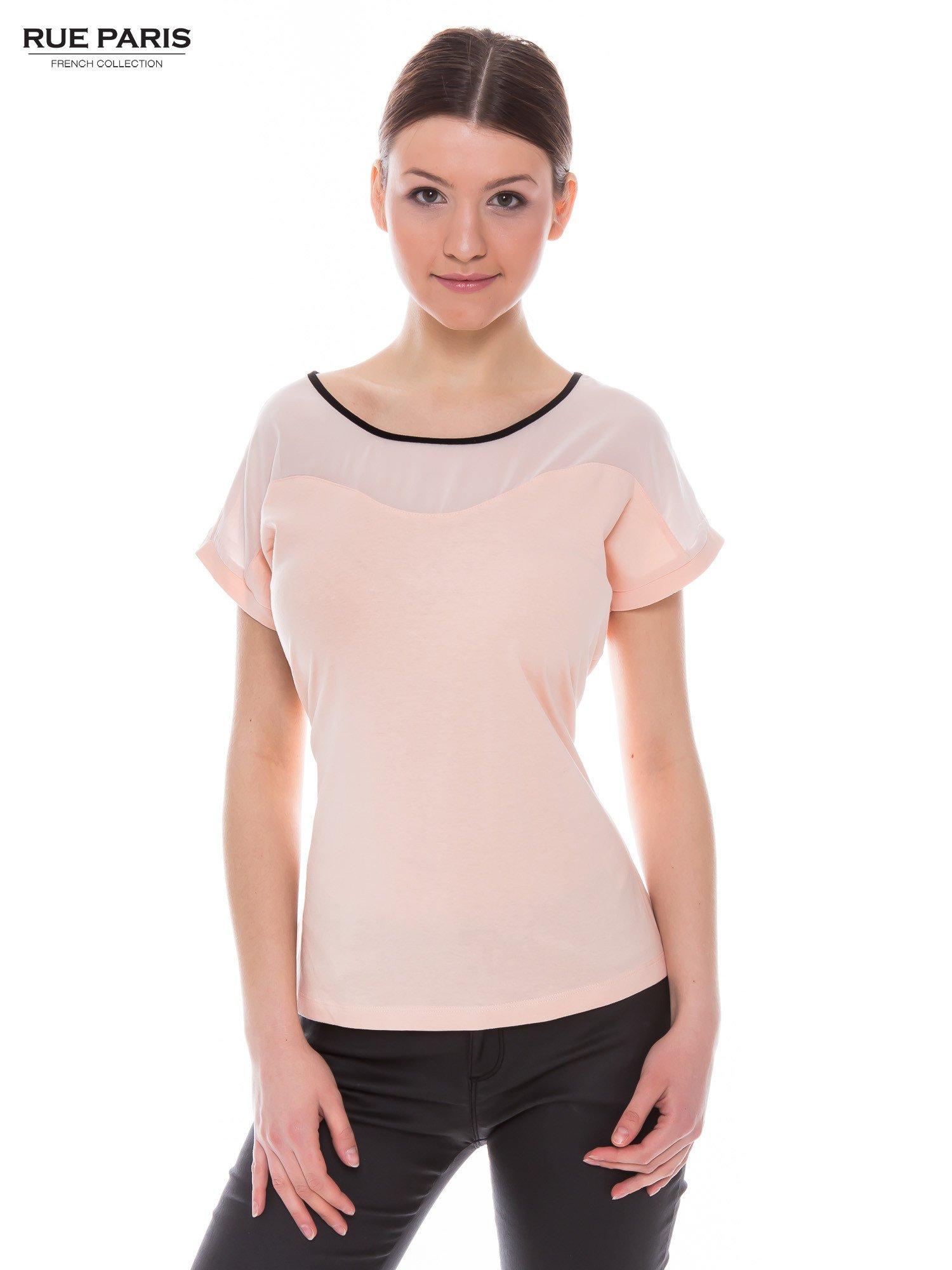 Koralowy t-shirt z siateczkową górą i kontrastową lamówką                                  zdj.                                  1