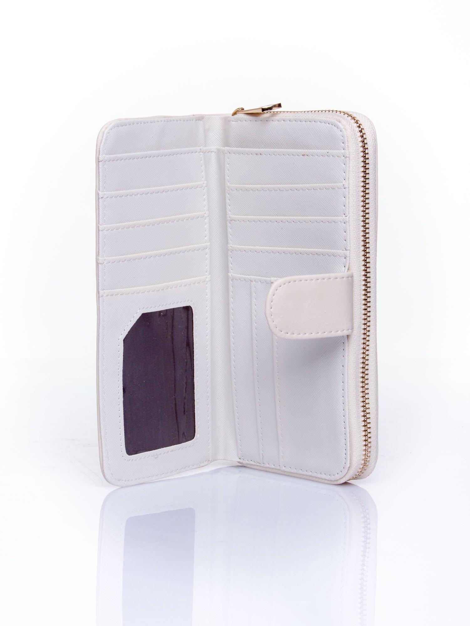 Kremowy pikowany portfel ze złotym suwakiem                                  zdj.                                  4