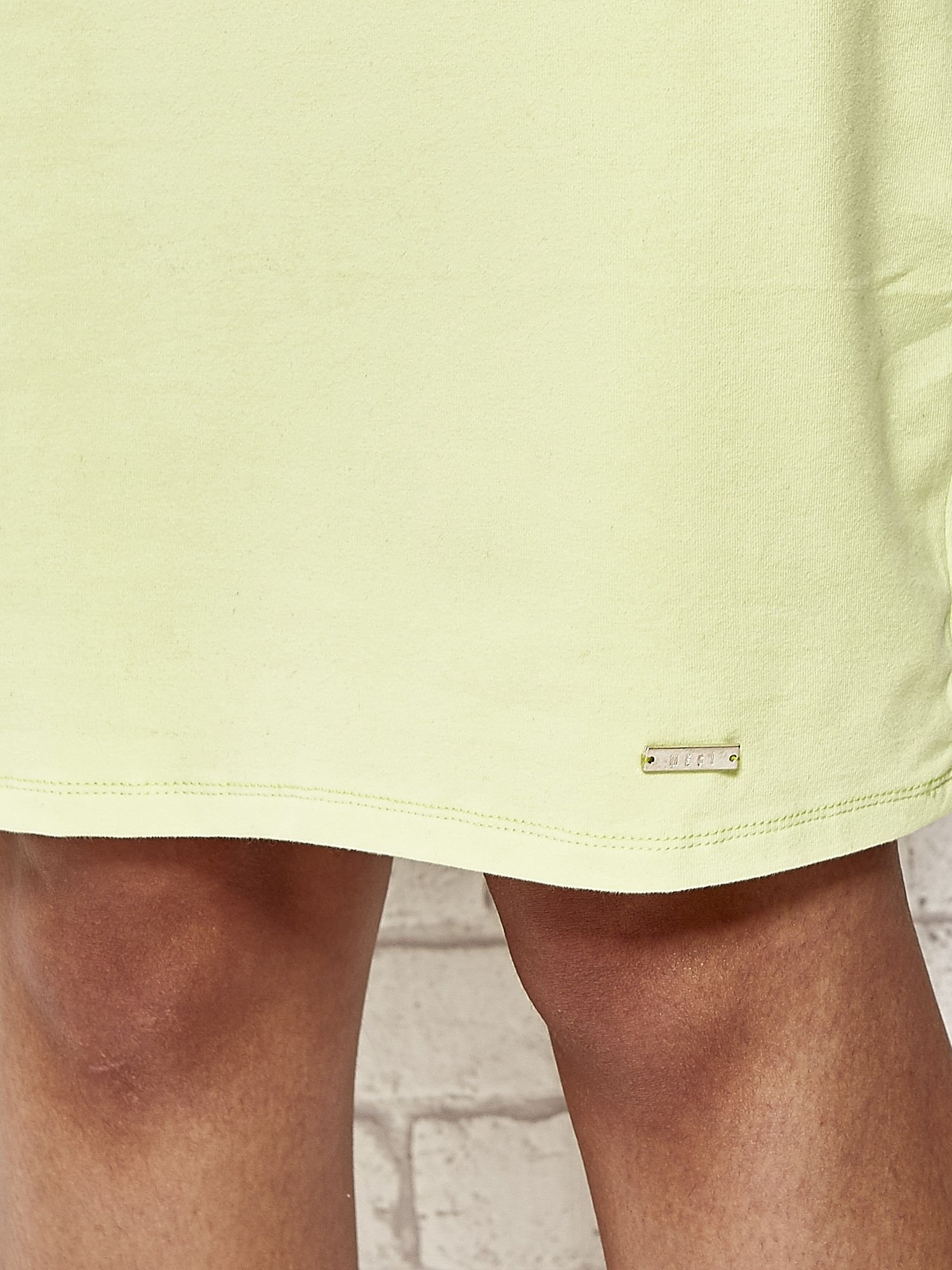Limonkowa prosta sukienka dresowa                                  zdj.                                  4