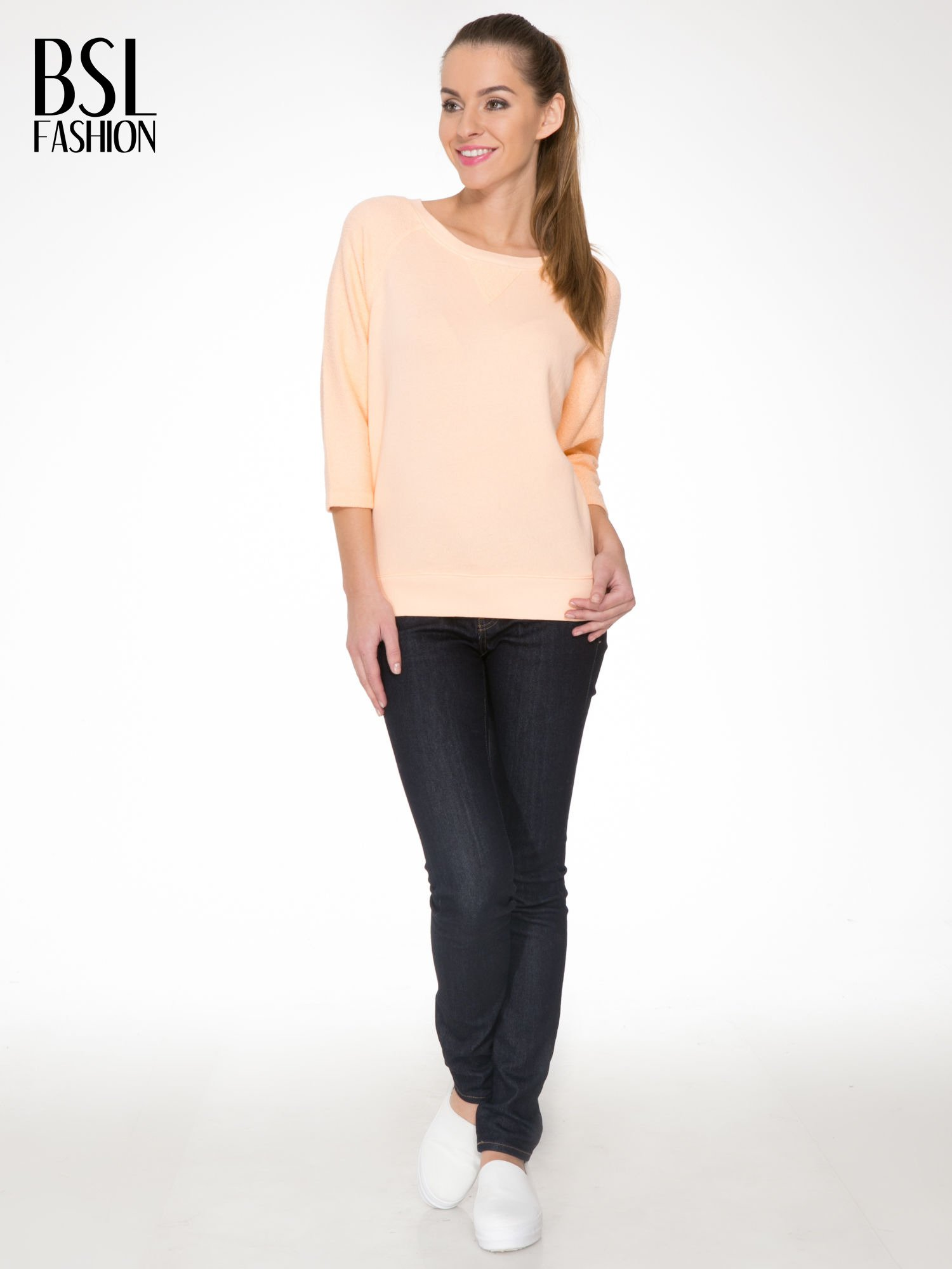 Łososiowa bluza oversize z łączonych materiałów                                  zdj.                                  2