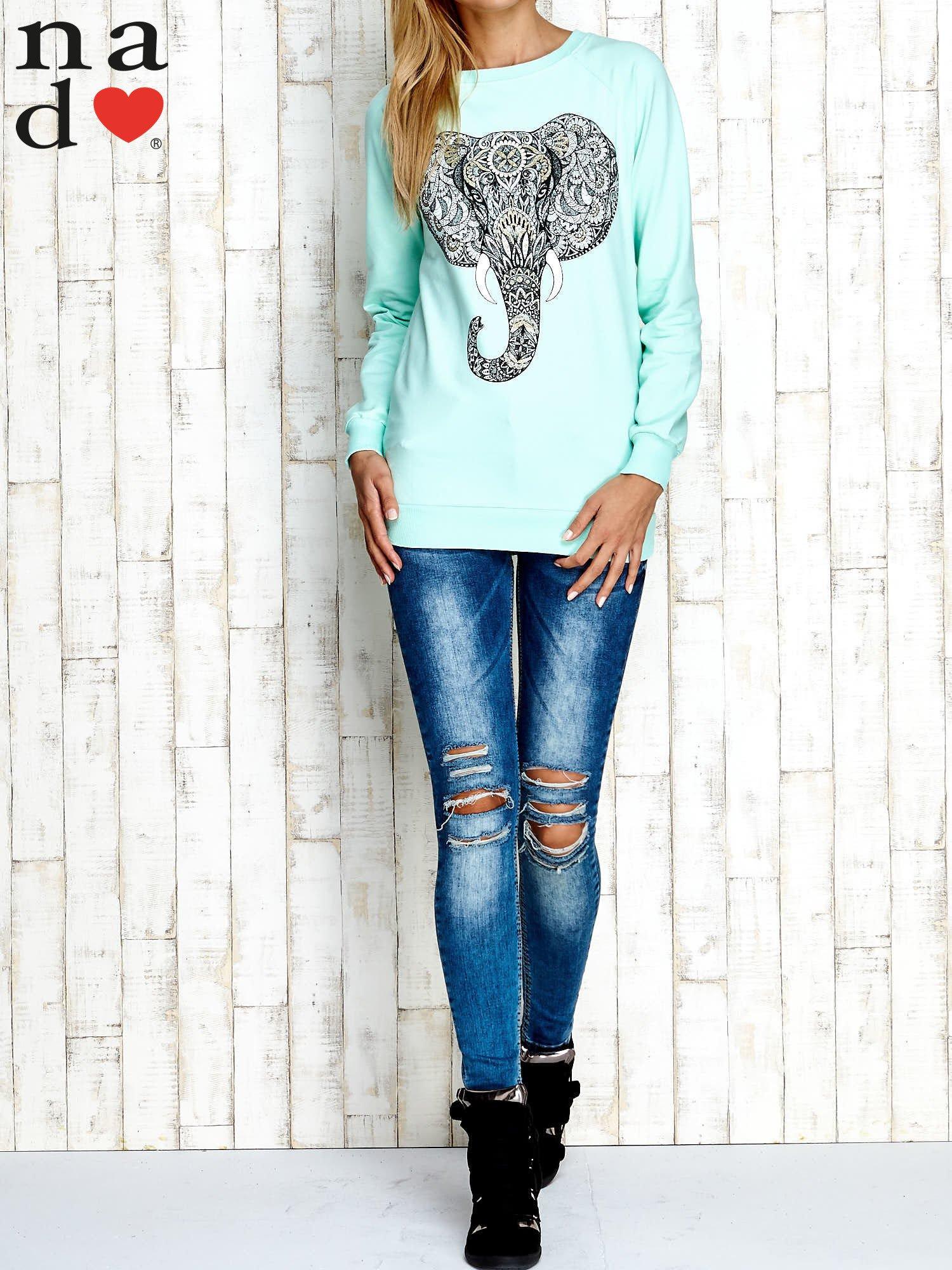 Miętowa bluza z nadrukiem słonia                                  zdj.                                  2