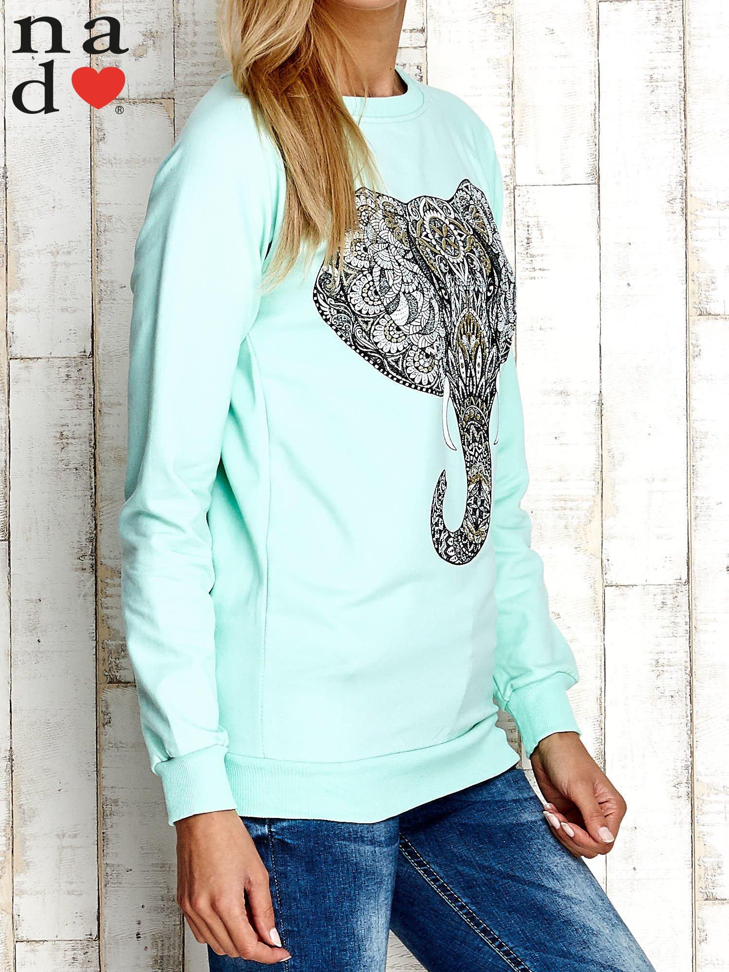 Miętowa bluza z nadrukiem słonia                                  zdj.                                  3