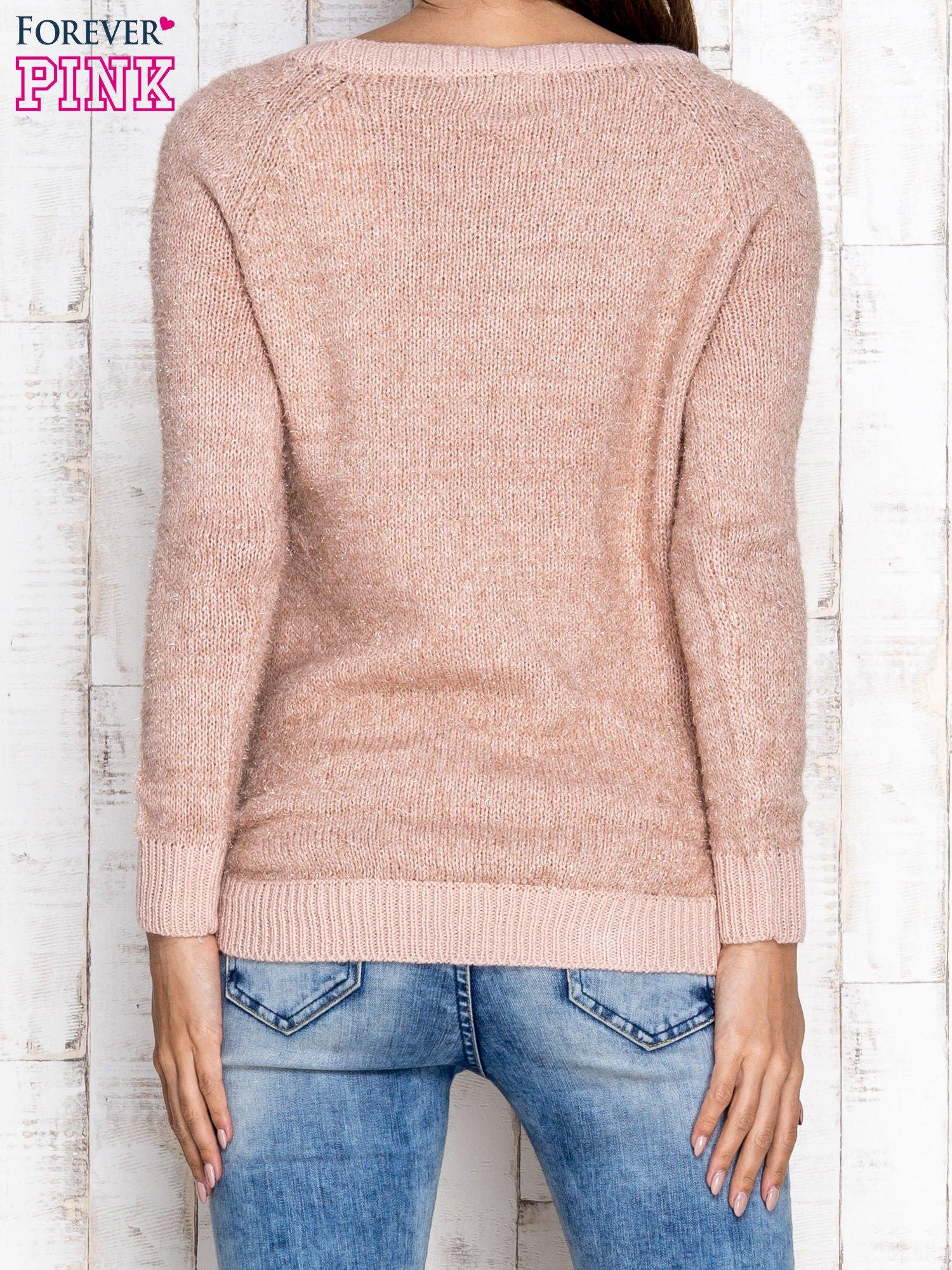 Morelowy sweter z błyszczącą nitką                                  zdj.                                  4