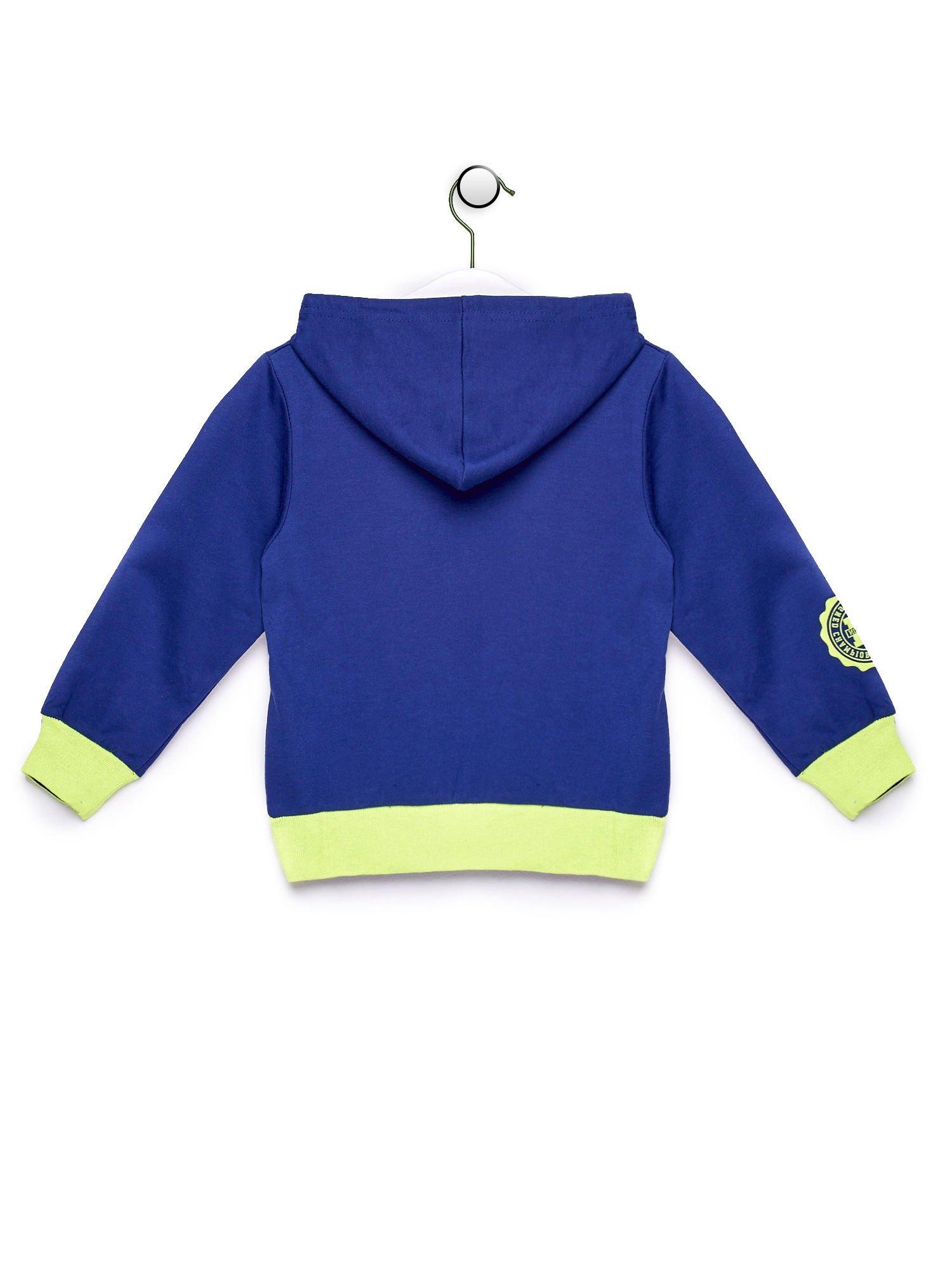 Niebieska bluza chłopięca z kontrastowymi wstawkami