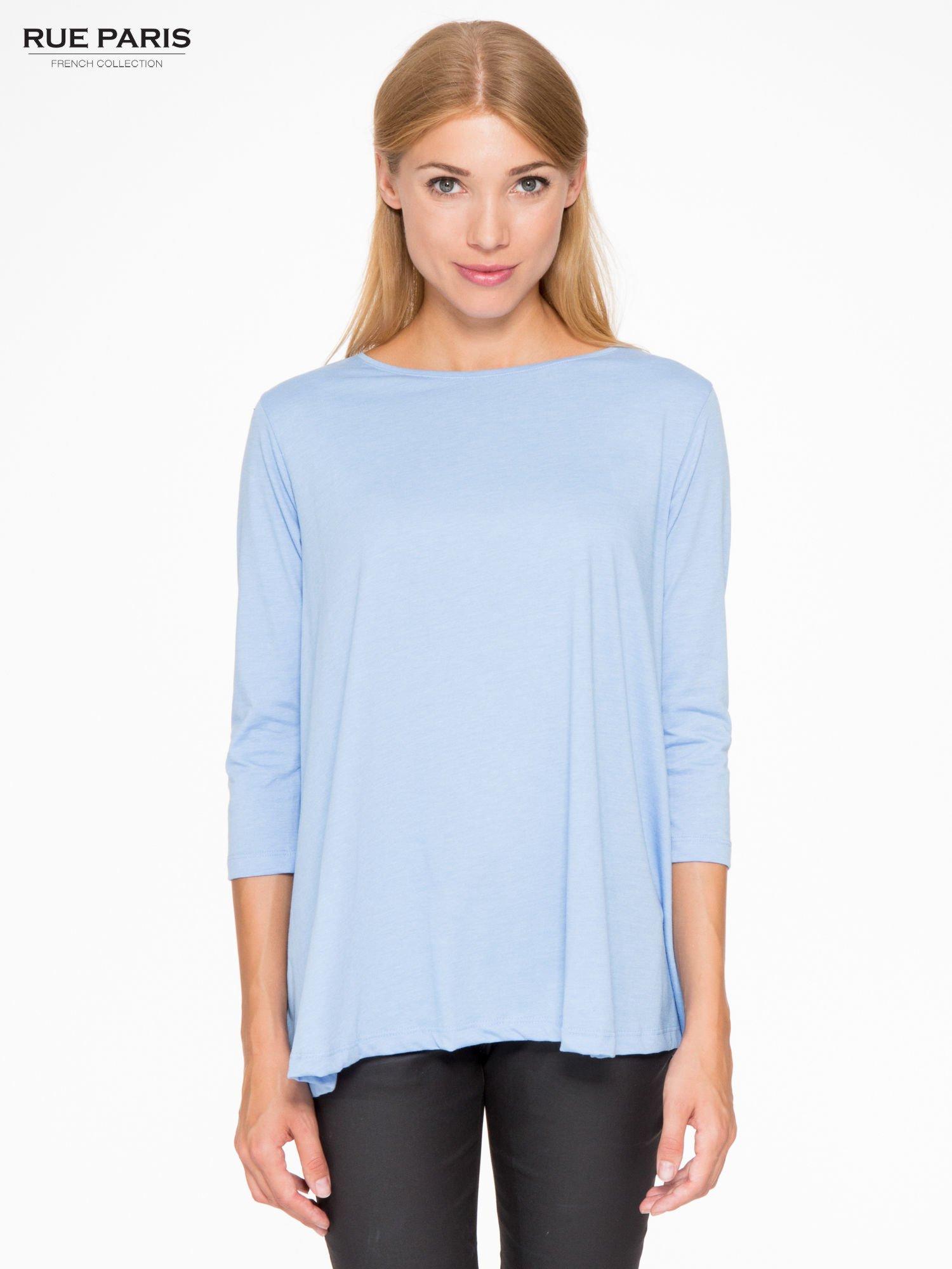 Niebieska bluzka o rozkloszowanym kroju z rękawem 3/4                                  zdj.                                  1