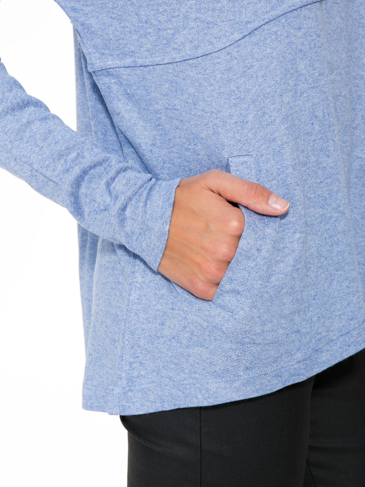 Niebieska dresowa bluza oversize z kieszeniami                                  zdj.                                  9