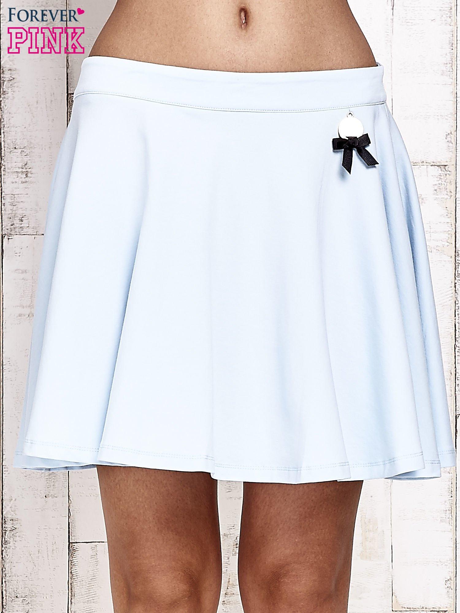 Niebieska dresowa spódnica szyta z koła                                  zdj.                                  1