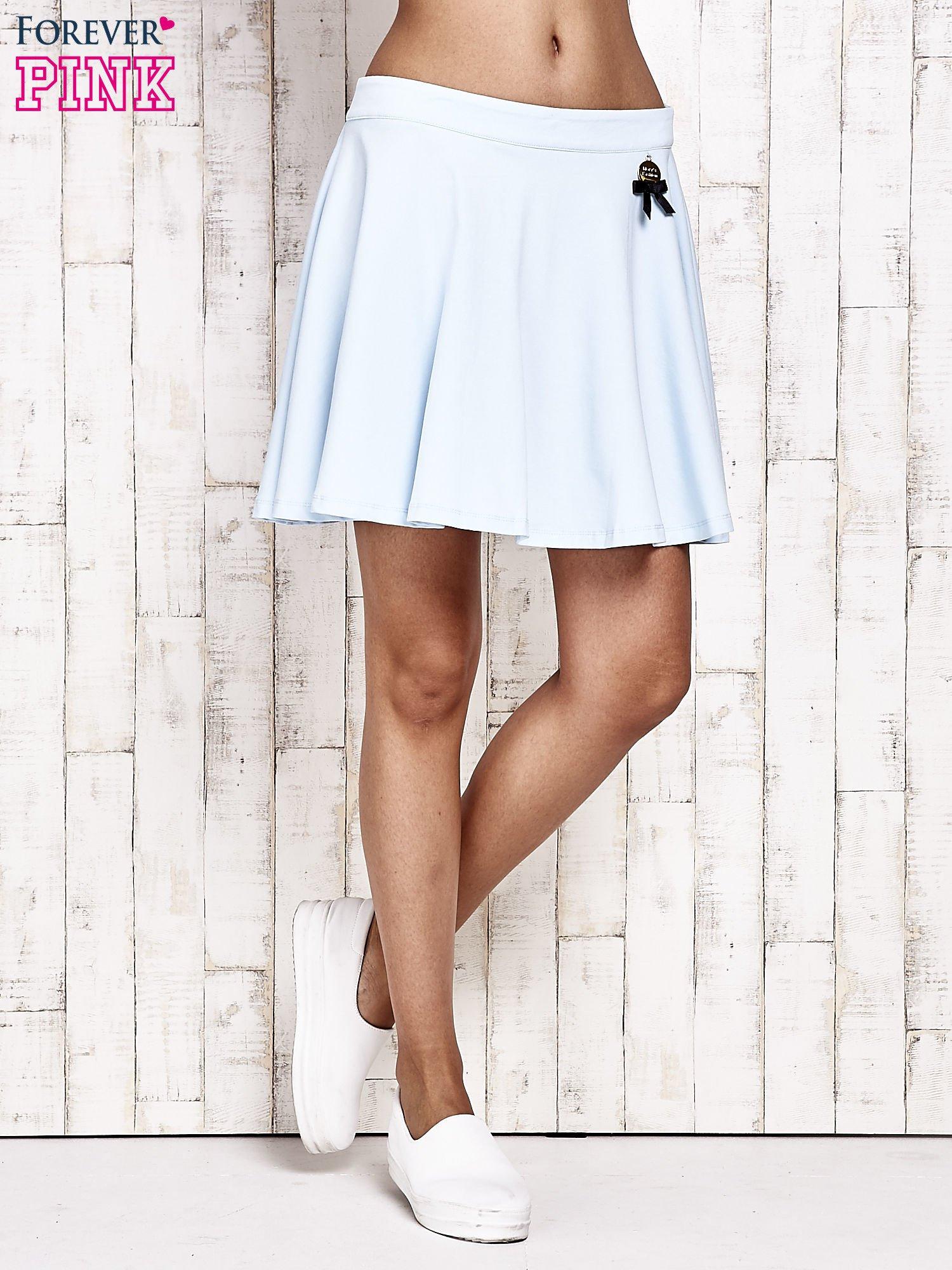 Niebieska dresowa spódnica szyta z koła                                  zdj.                                  2