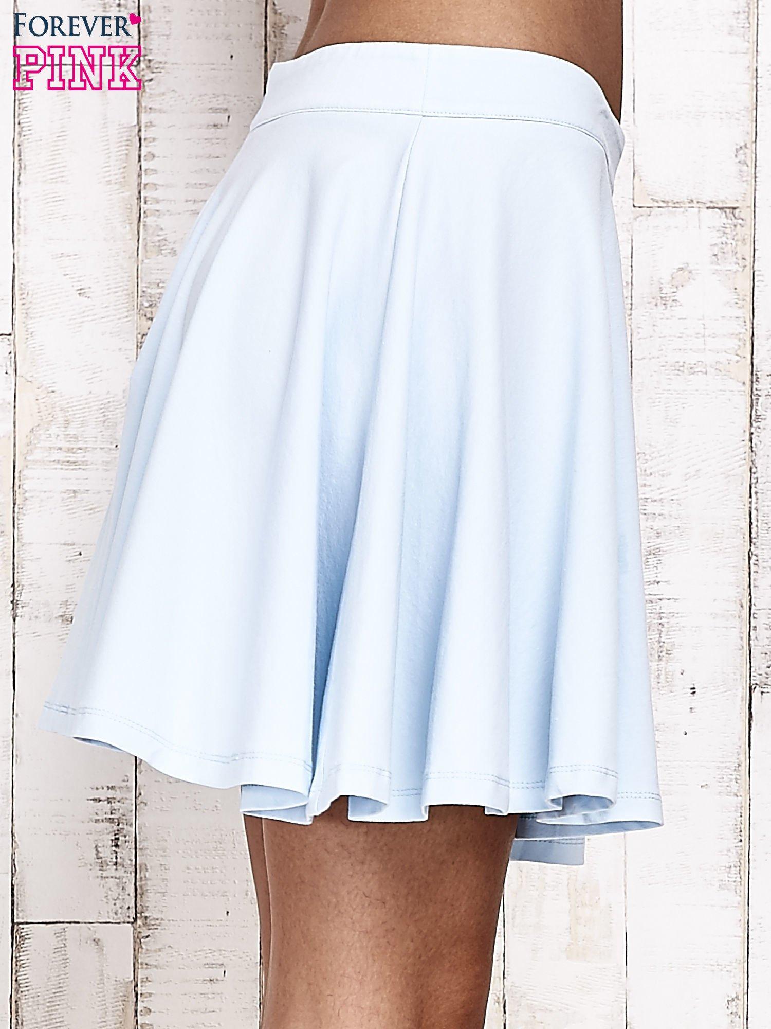 Niebieska dresowa spódnica szyta z koła                                  zdj.                                  5