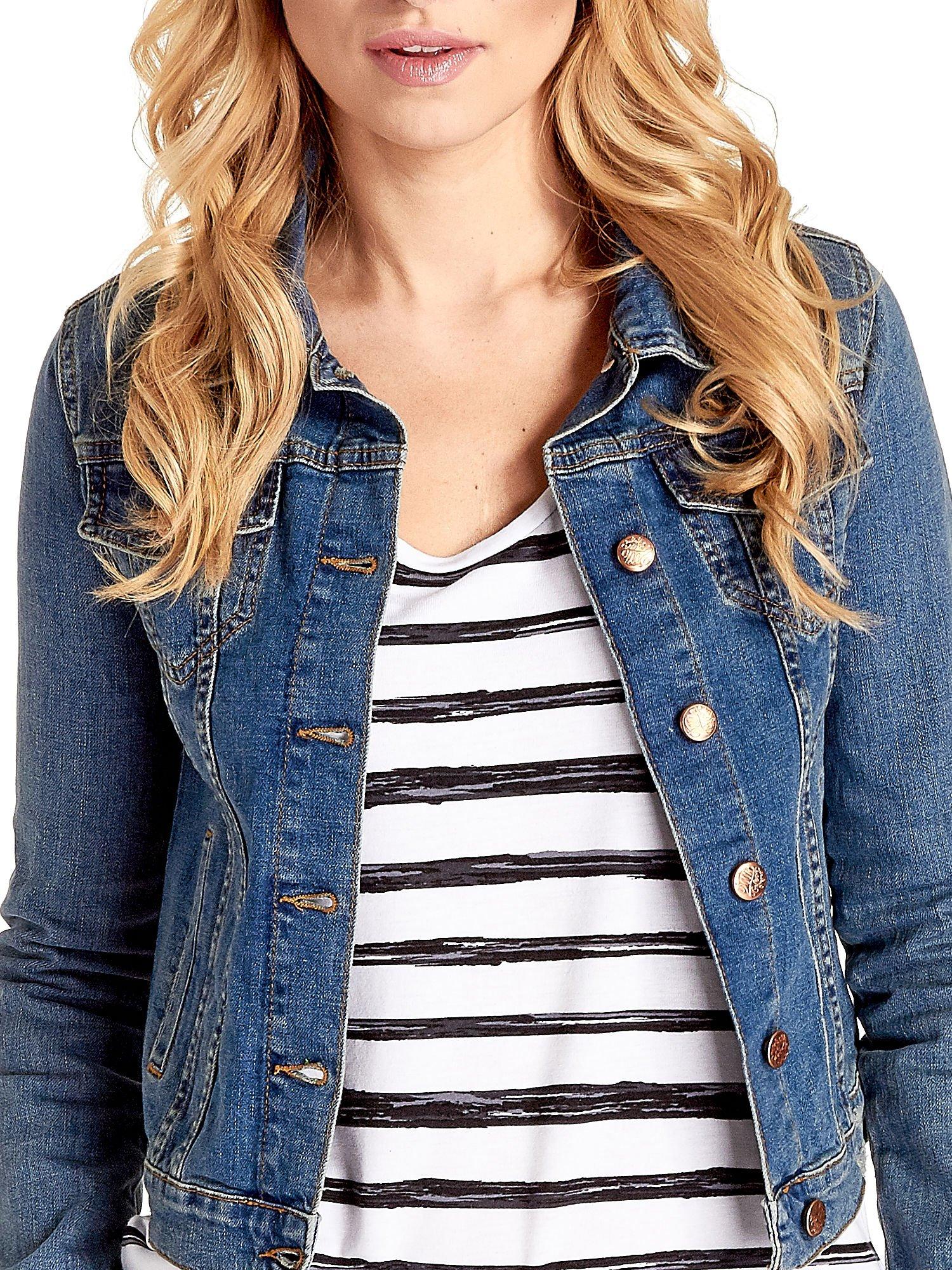Niebieska klasyczna kurtka jeansowa damska                                  zdj.                                  5
