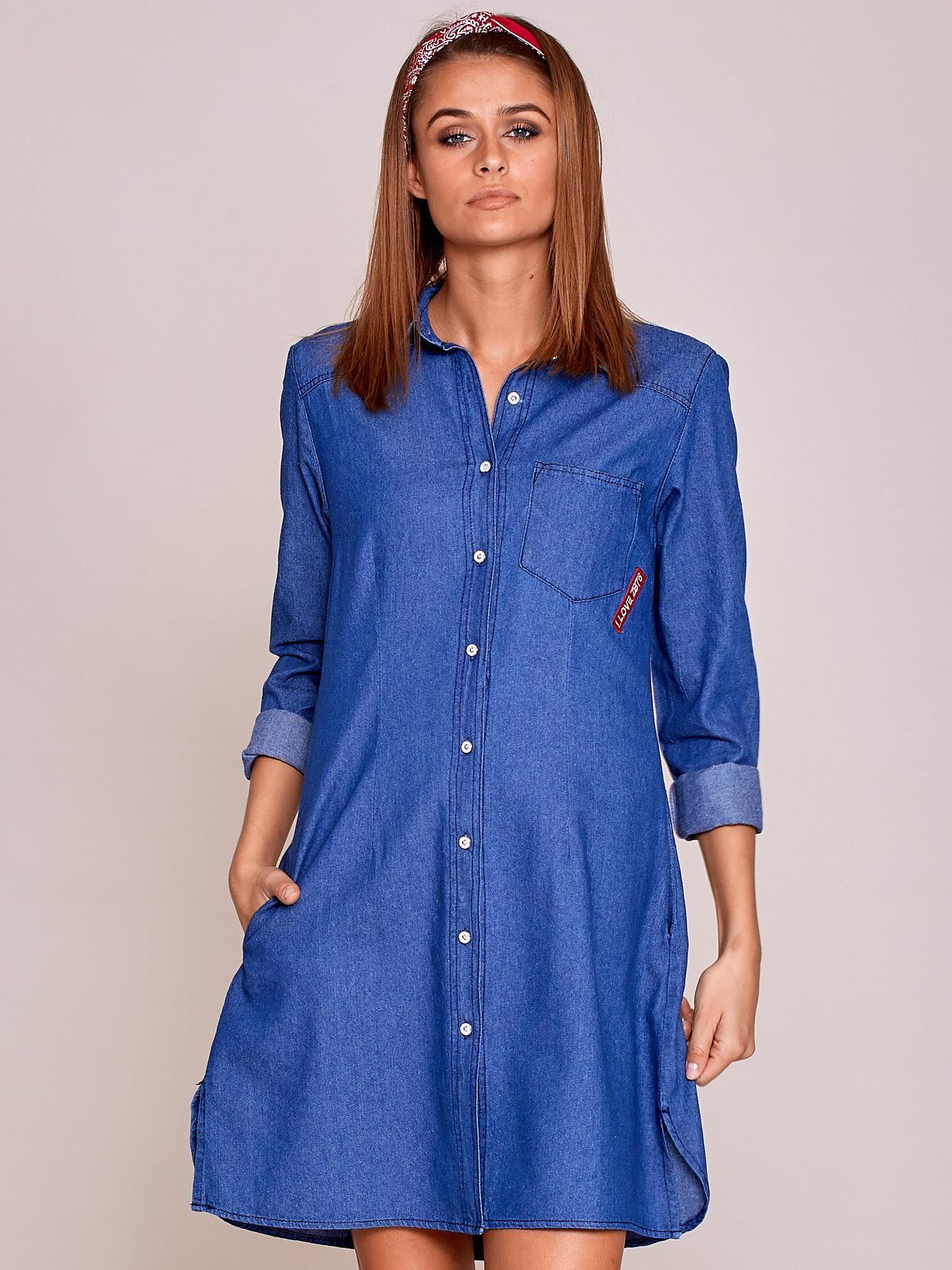 969d5d8f Niebieska sukienka jeansowa z naszywkami