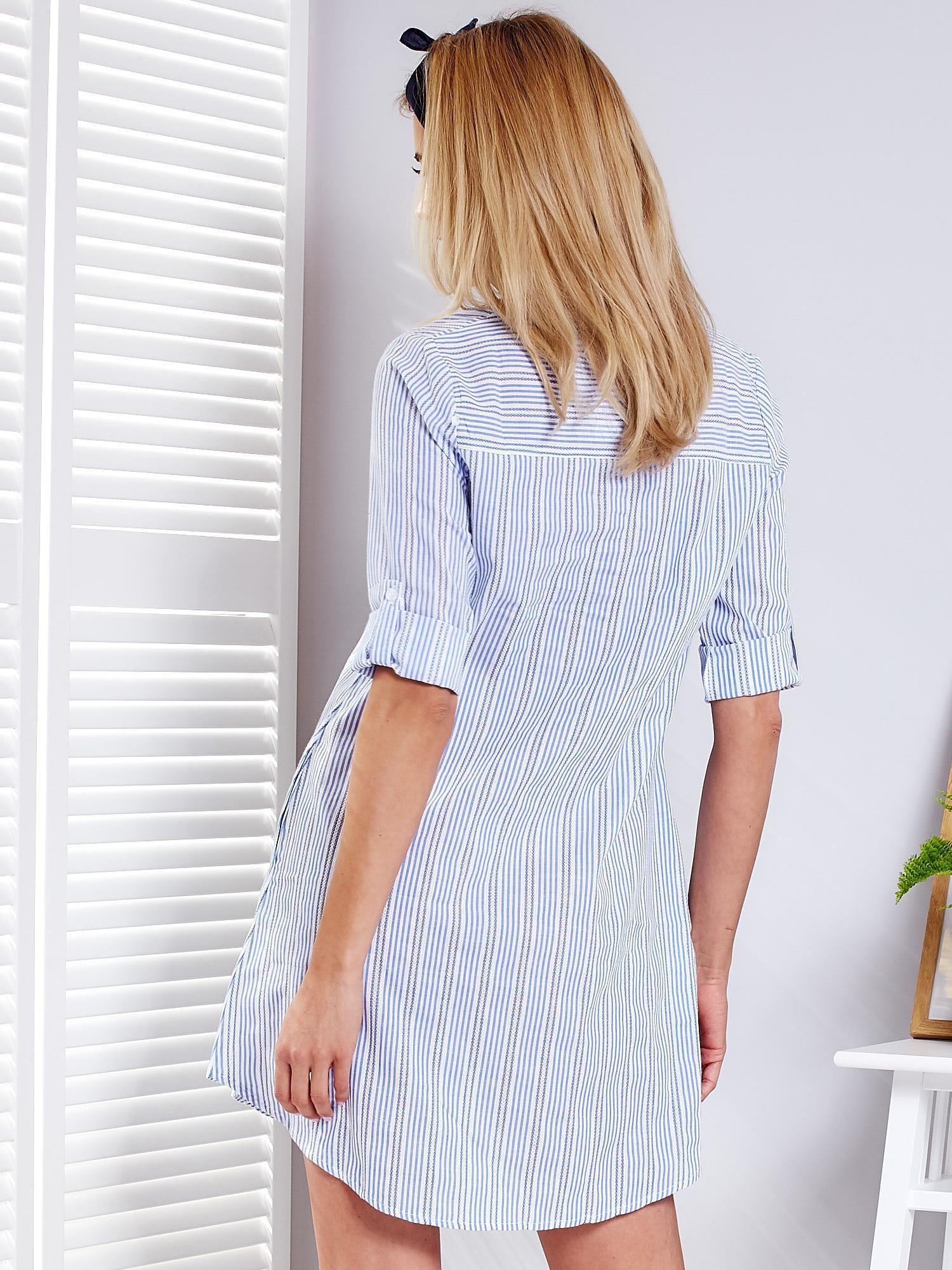 2950bd1c0a5561 Niebieska sukienka w paski z podwijanymi rękawami - Sukienka ...