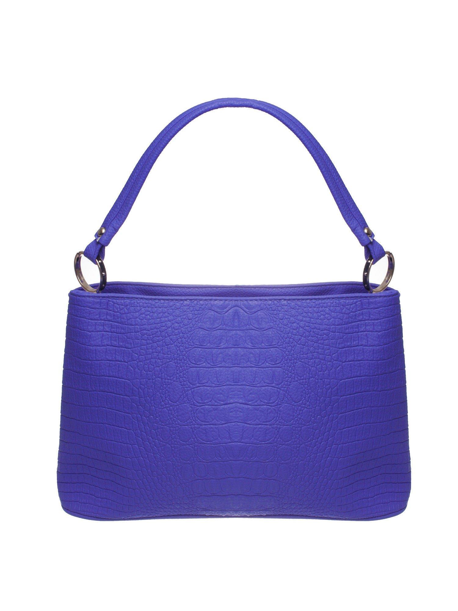 Niebieska torebka na ramię tłoczona na wzór skóry krokodyla                                  zdj.                                  1