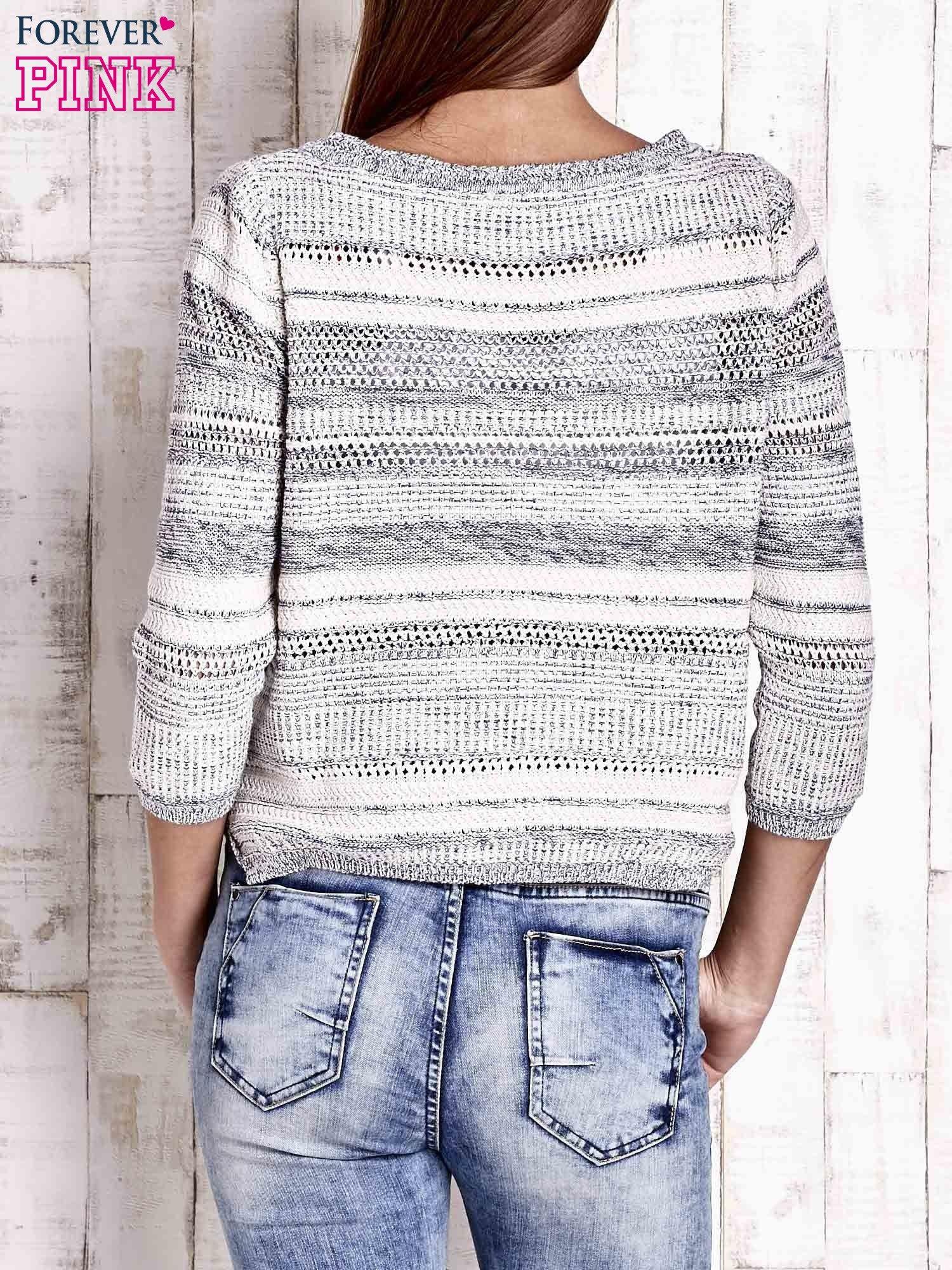 Niebieski dziergany sweter z rękawem 3/4                                  zdj.                                  4
