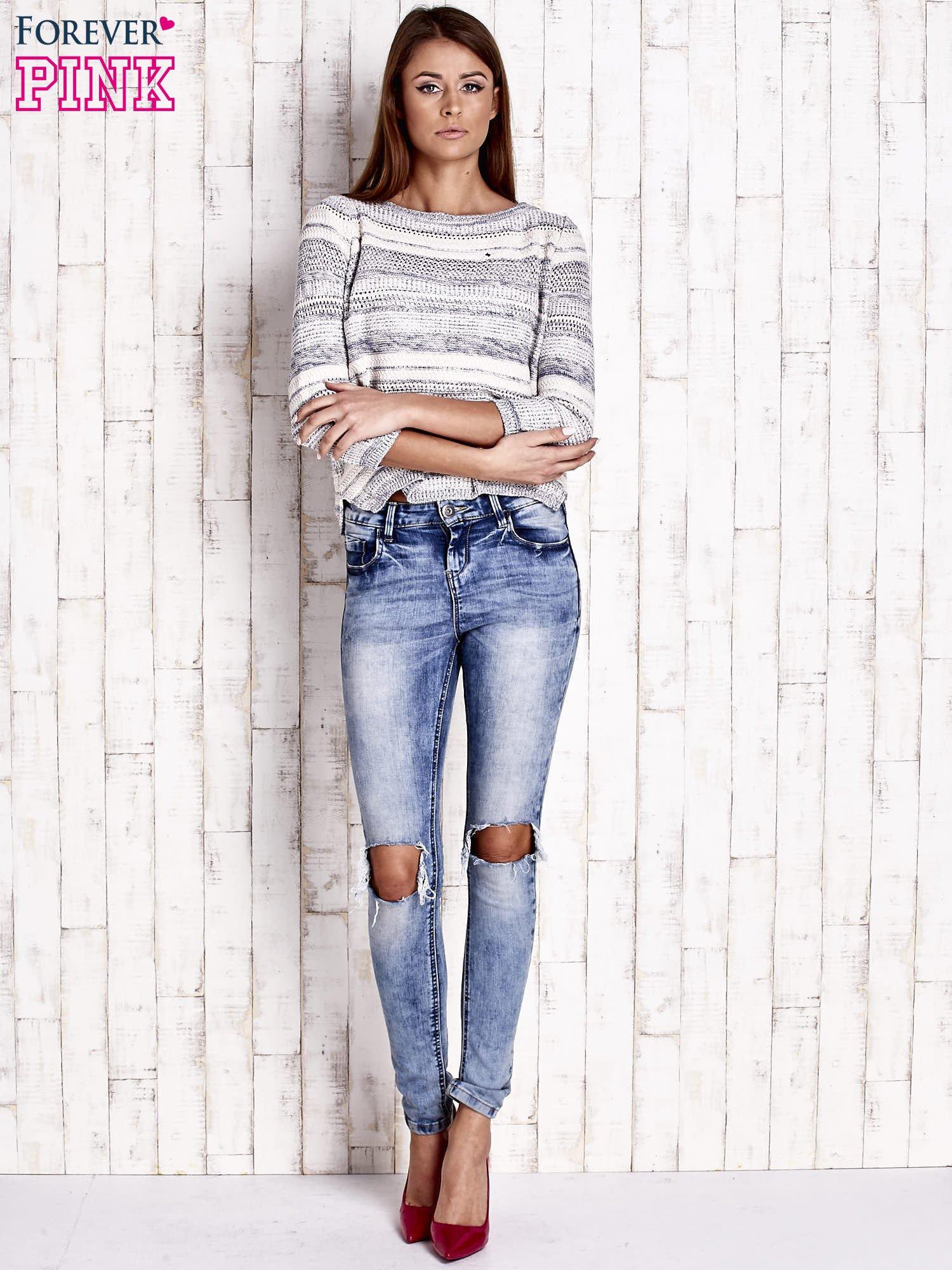 Niebieski dziergany sweter z rękawem 3/4                                  zdj.                                  2