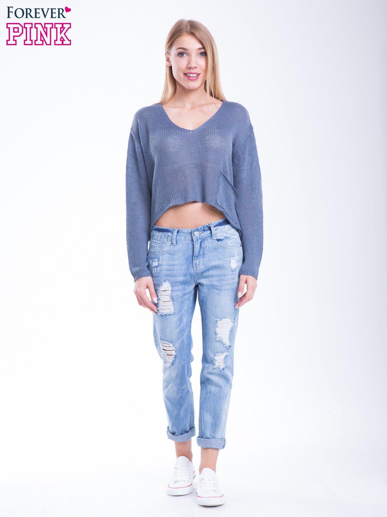 Niebieski siatkowy sweter typu crop top                                  zdj.                                  2