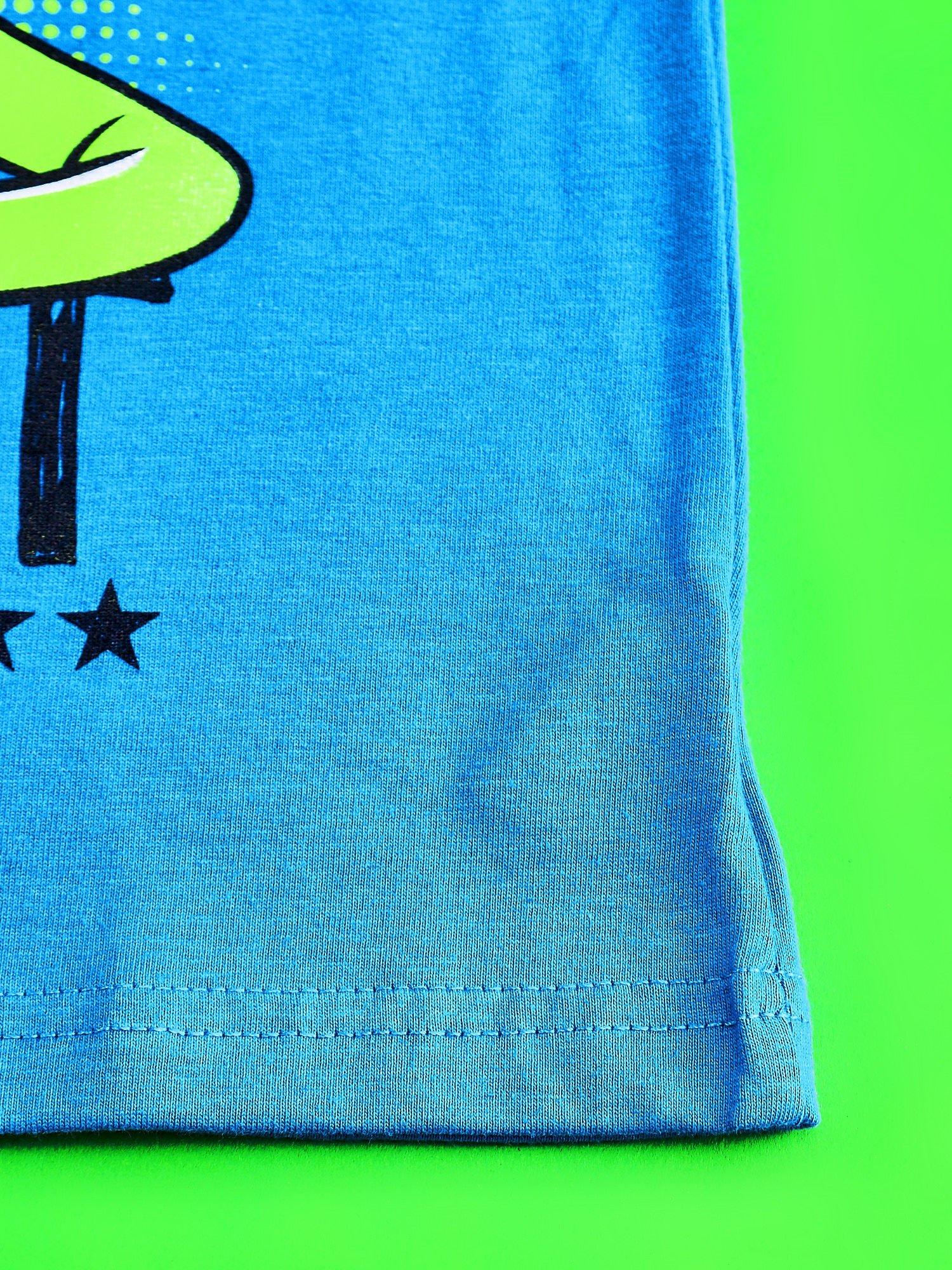 Niebieski t-shirt chłopięcy z nadrukiem MUPPETY                                  zdj.                                  5