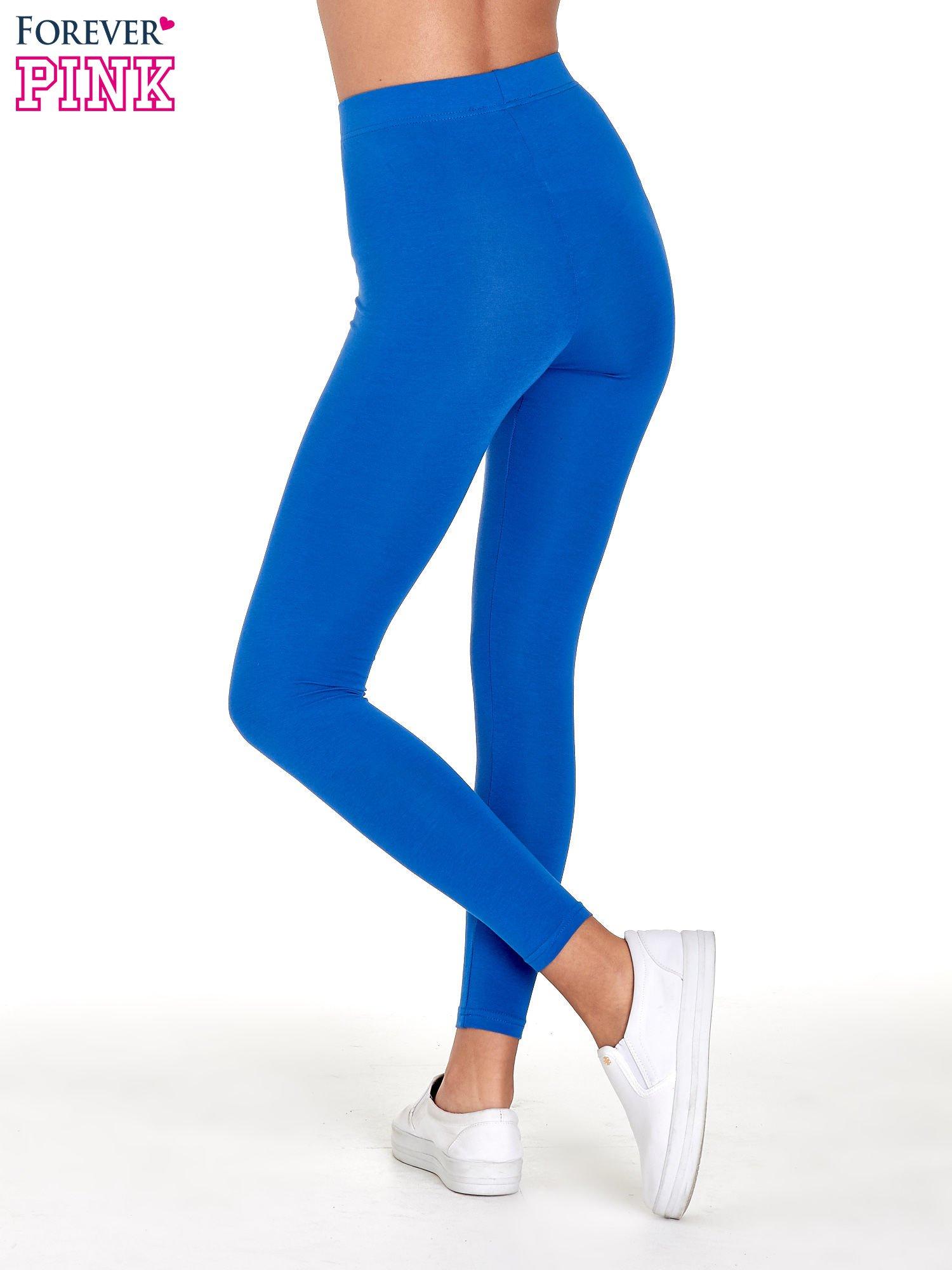 Niebieskie gładkie legginsy damskie basic                                  zdj.                                  4