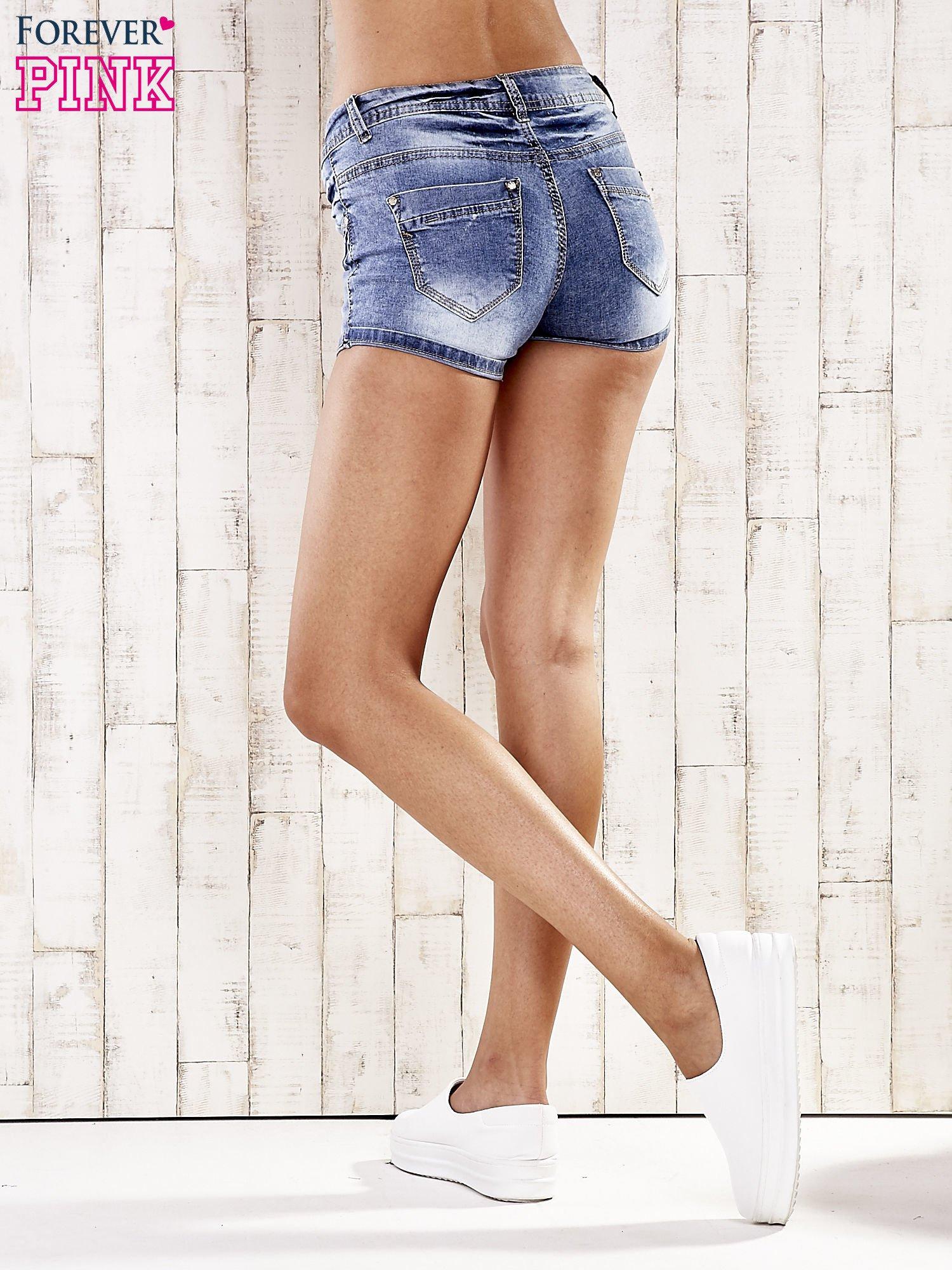 Niebieskie marmurkowe szorty jeansowe                                   zdj.                                  4