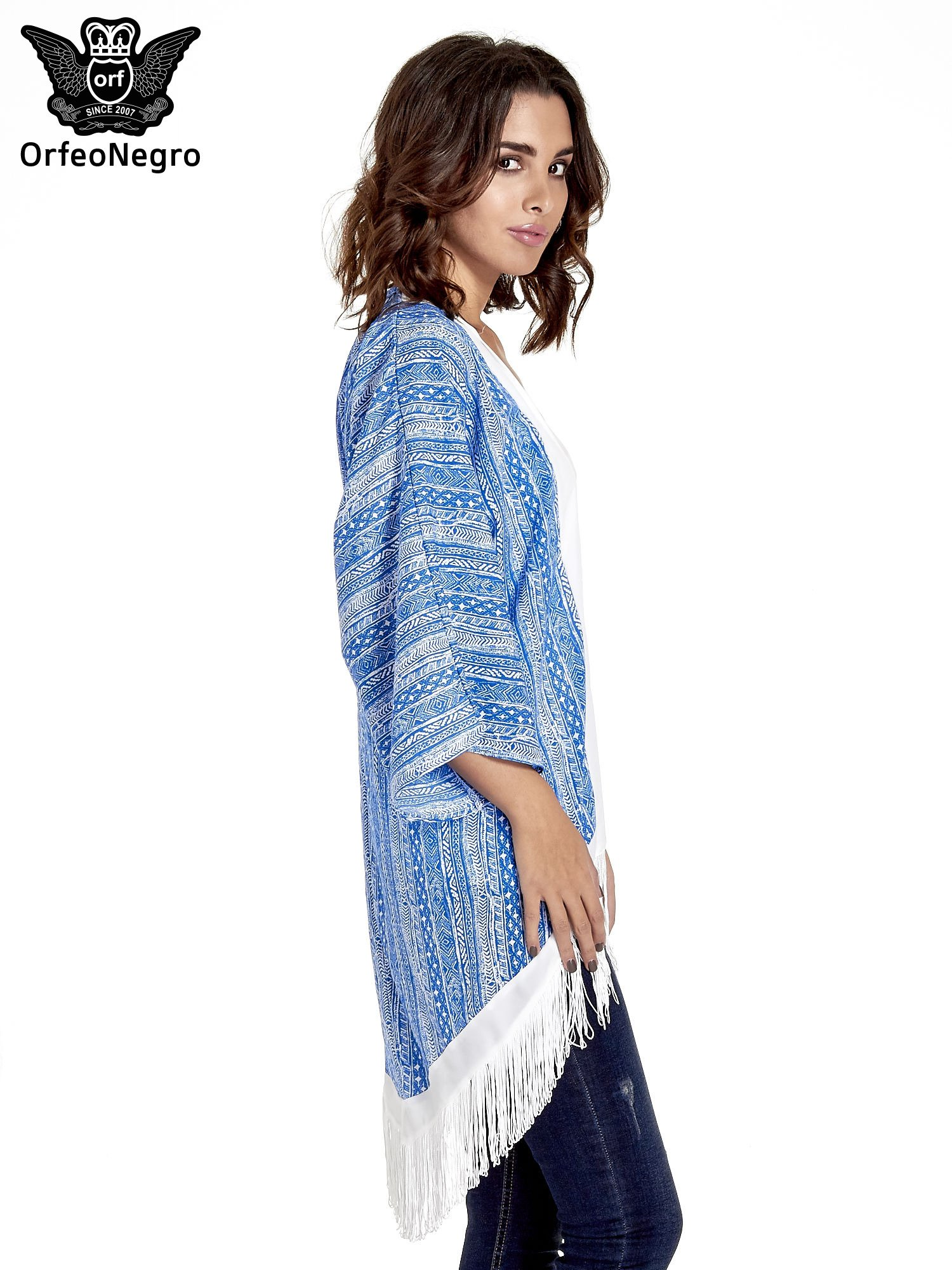 Niebieskie wzorzyste kimono z frędzlami w stylu boho                                  zdj.                                  3